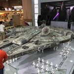 Hot Toys Millennium Falcon Full Preview 3