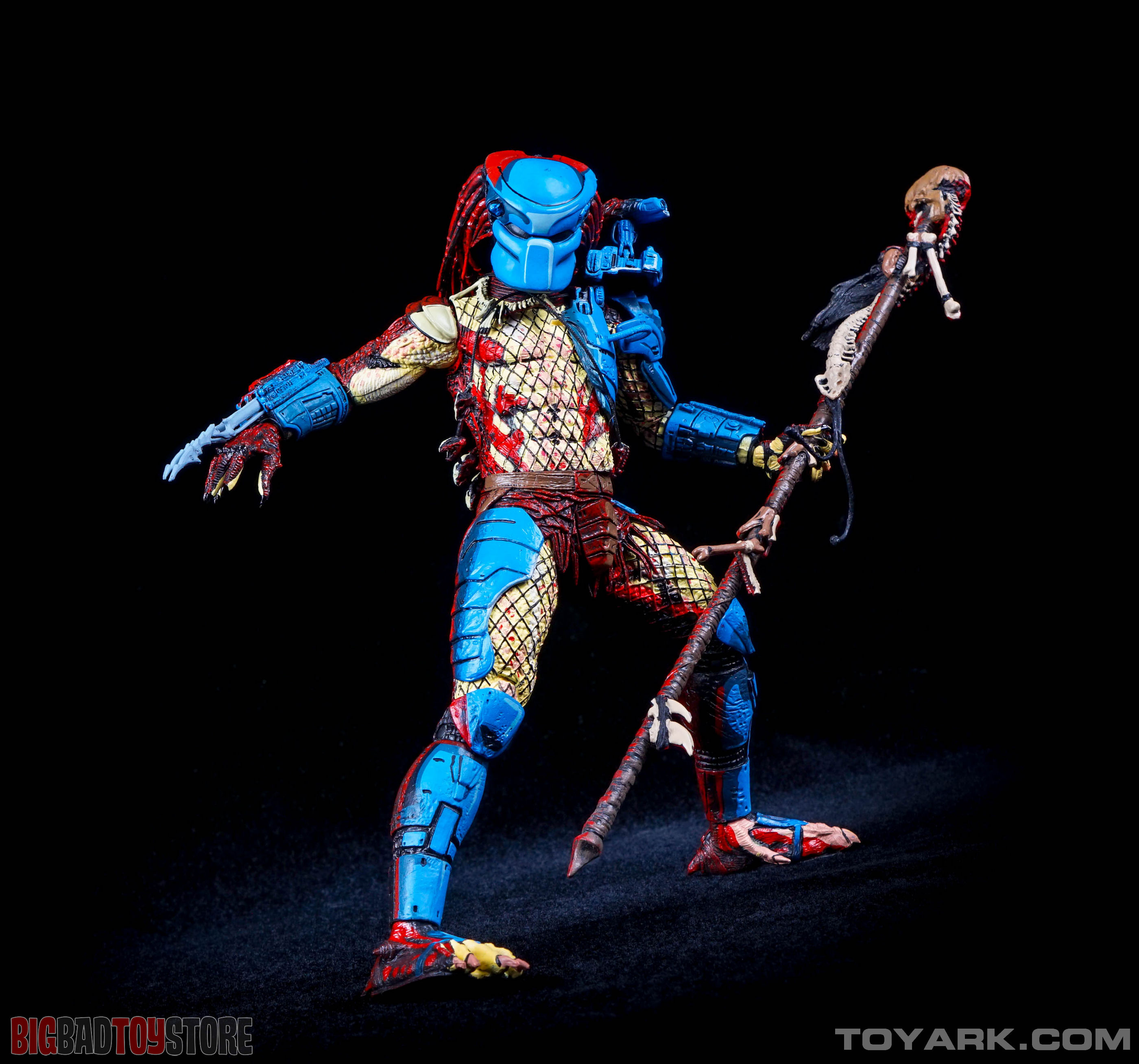 http://news.toyark.com/wp-content/uploads/sites/4/2015/07/NECA-Dark-Horse-Predator-037.jpg