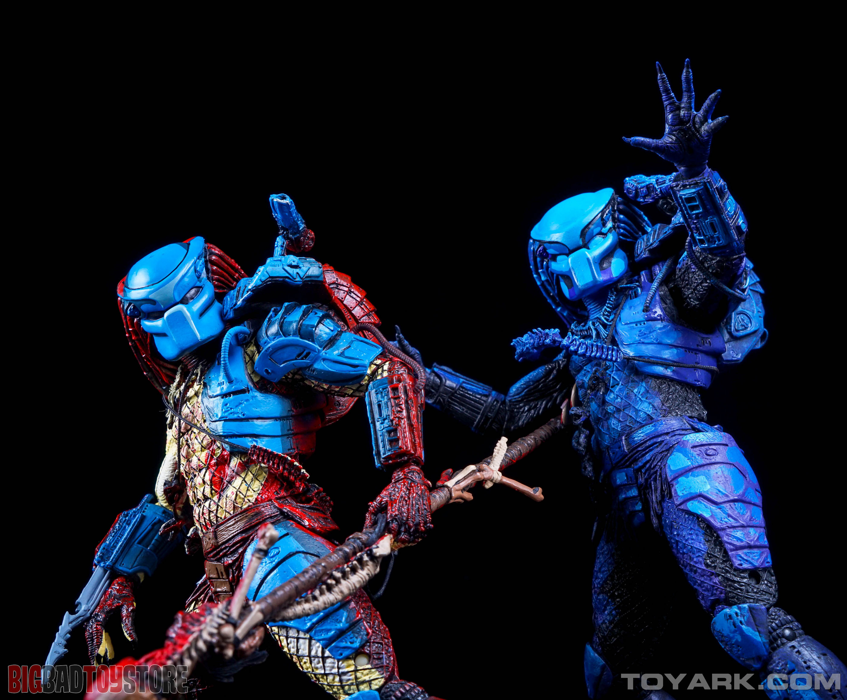 http://news.toyark.com/wp-content/uploads/sites/4/2015/07/NECA-Dark-Horse-Predator-052.jpg
