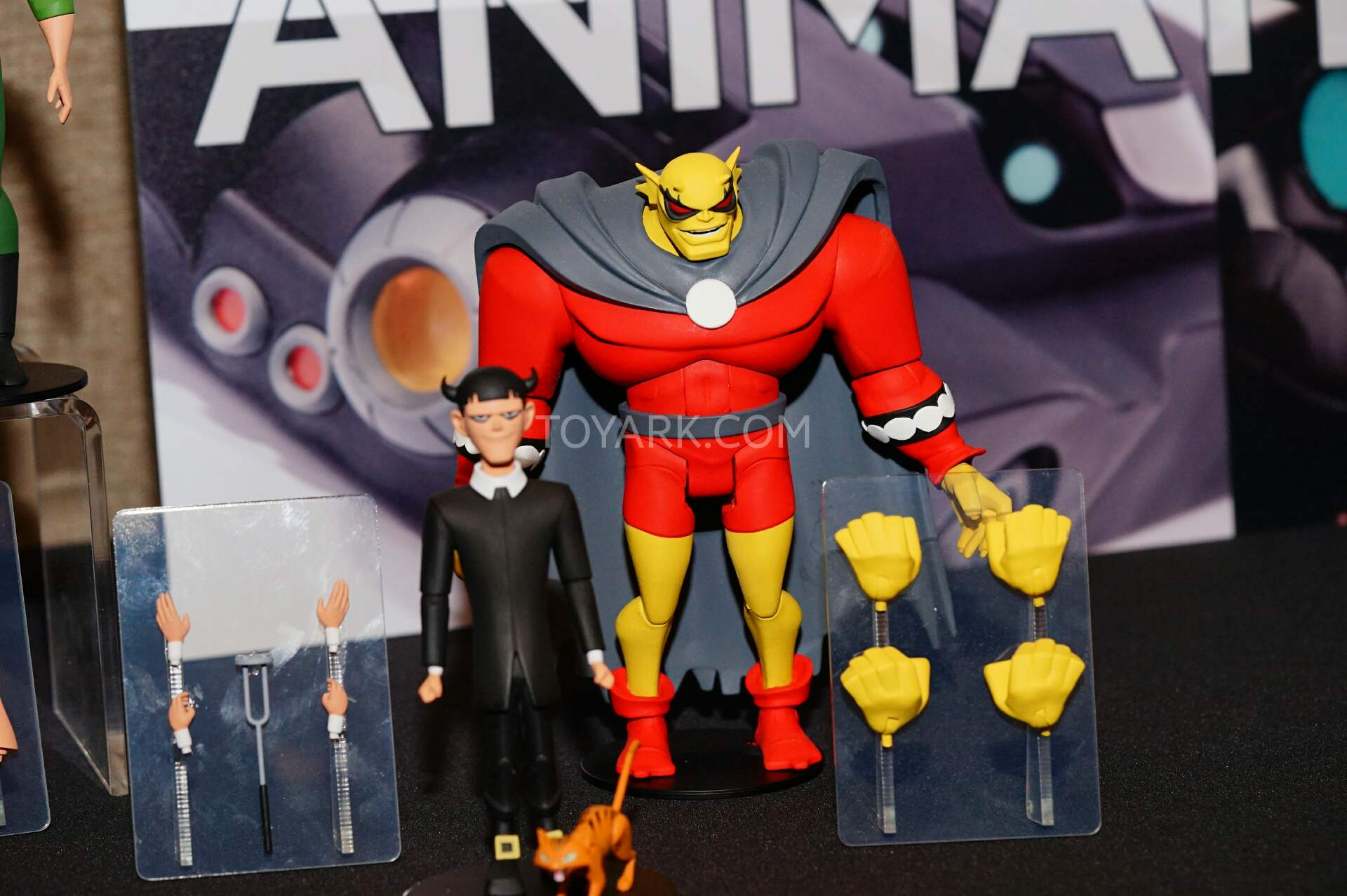 Animated series action figures !! - Page 5 SDCC2015-DC-Collectibles-Animated-Batman-011
