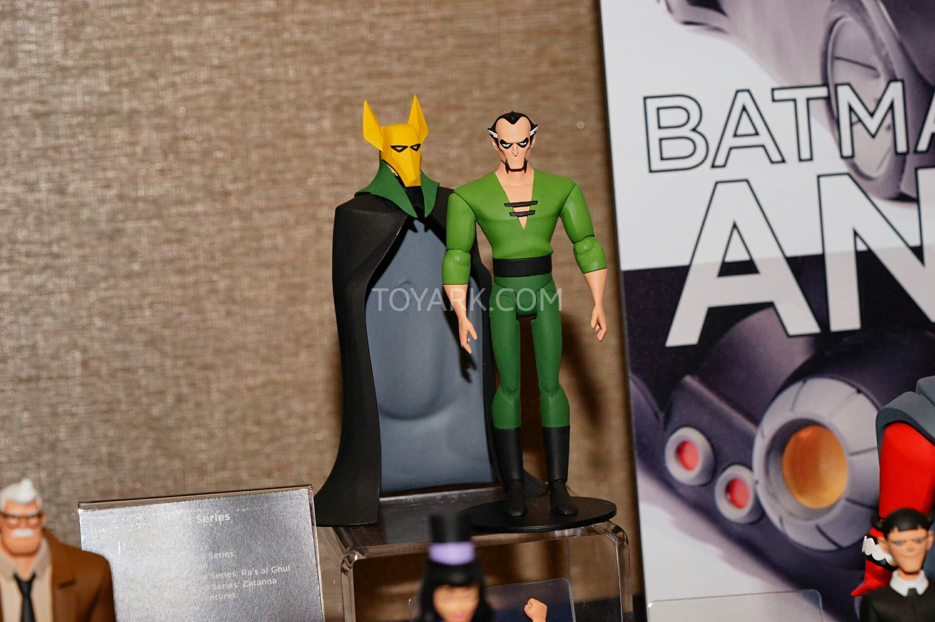 Animated series action figures !! - Page 5 SDCC2015-DC-Collectibles-Animated-Batman-012