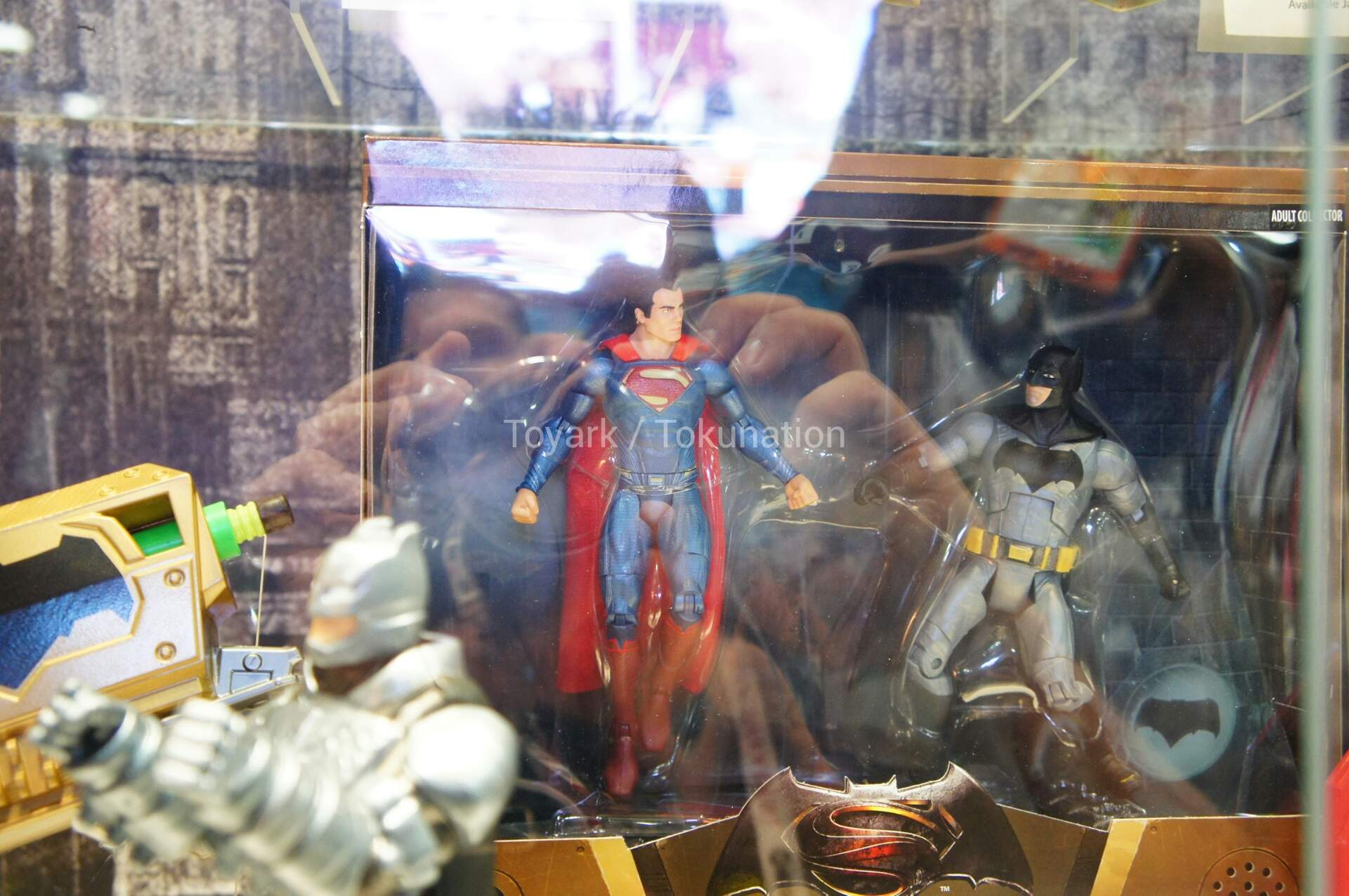 [CINEMA] [Tópico Oficial]Batman v. Superman - Barbara Gordon confirmada! - Página 7 SDCC2015-Mattel-Batman-v-Superman-128