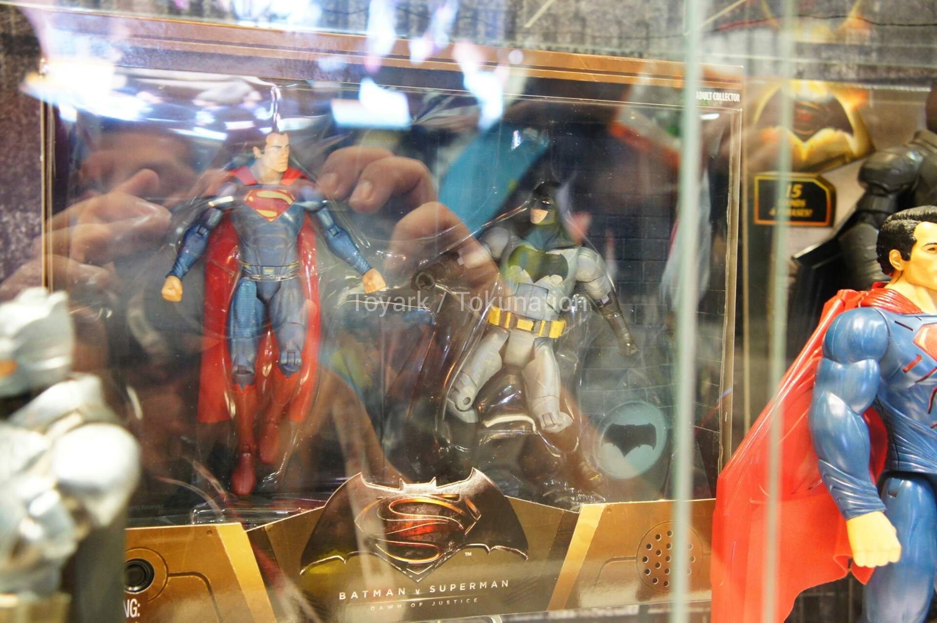 [CINEMA] [Tópico Oficial]Batman v. Superman - Barbara Gordon confirmada! - Página 7 SDCC2015-Mattel-Batman-v-Superman-129