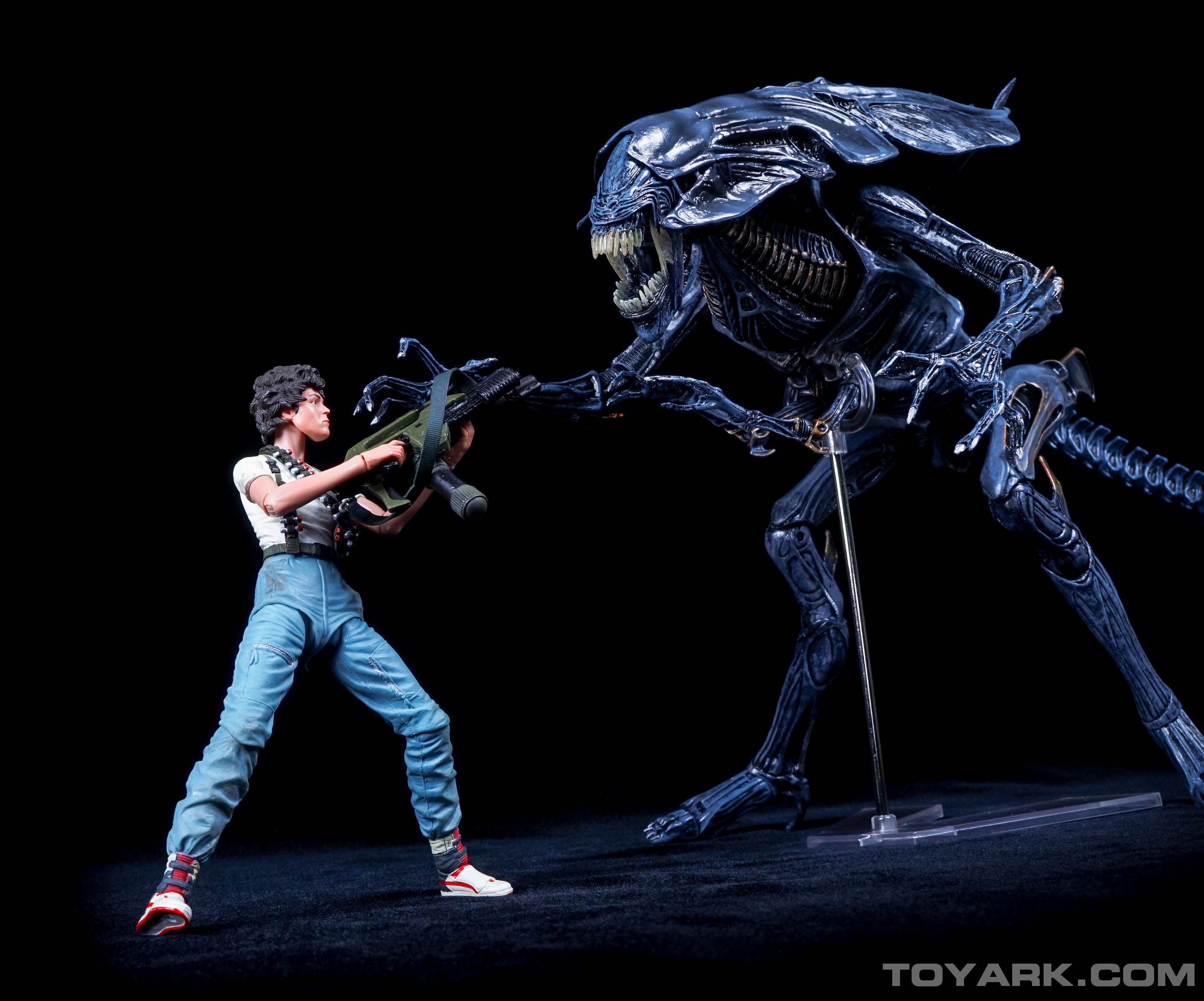 http://news.toyark.com/wp-content/uploads/sites/4/2015/08/Aliens-Series-5-Group-Shots-040.jpg