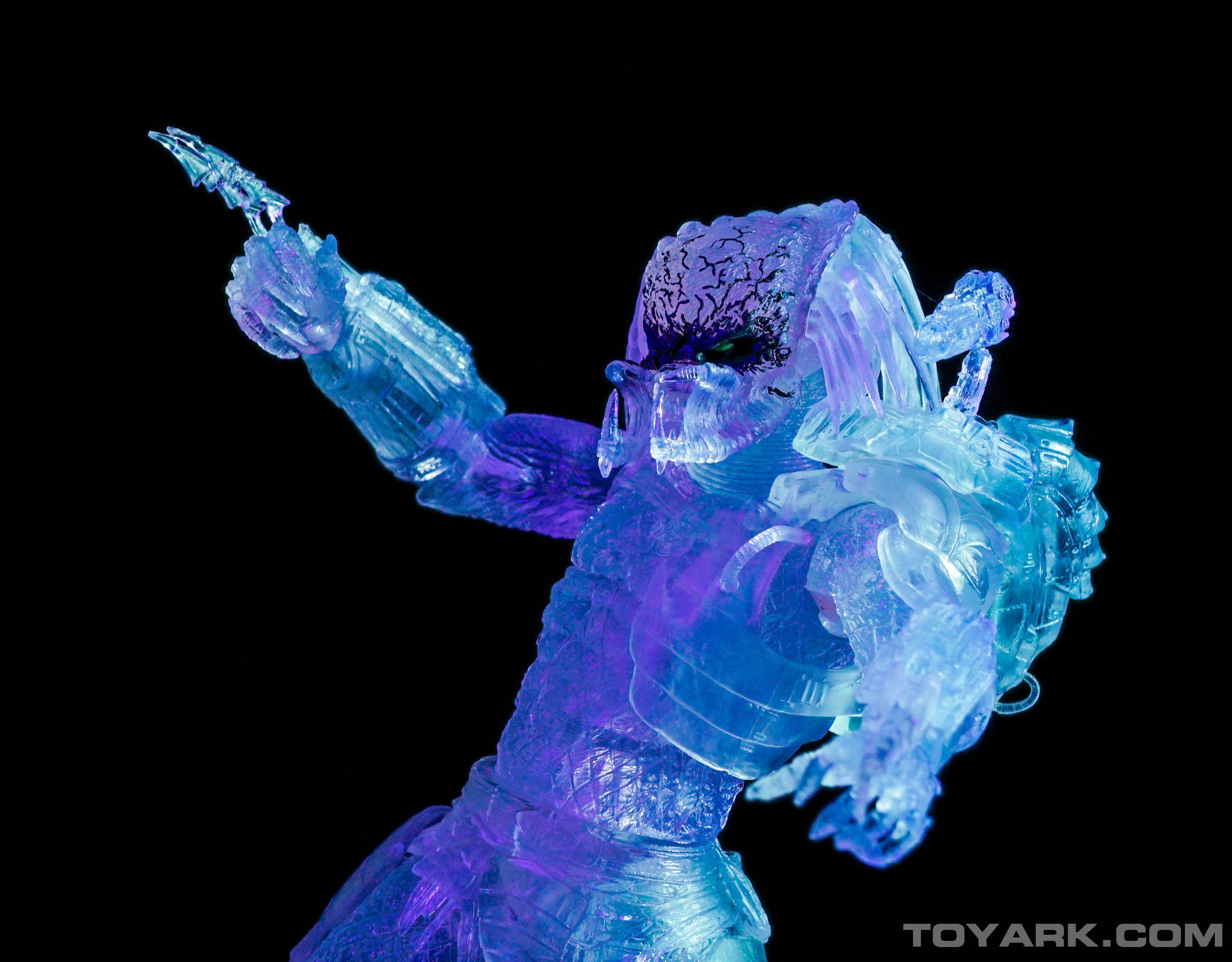 http://news.toyark.com/wp-content/uploads/sites/4/2015/08/NECA-Ambush-Predator-032.jpg