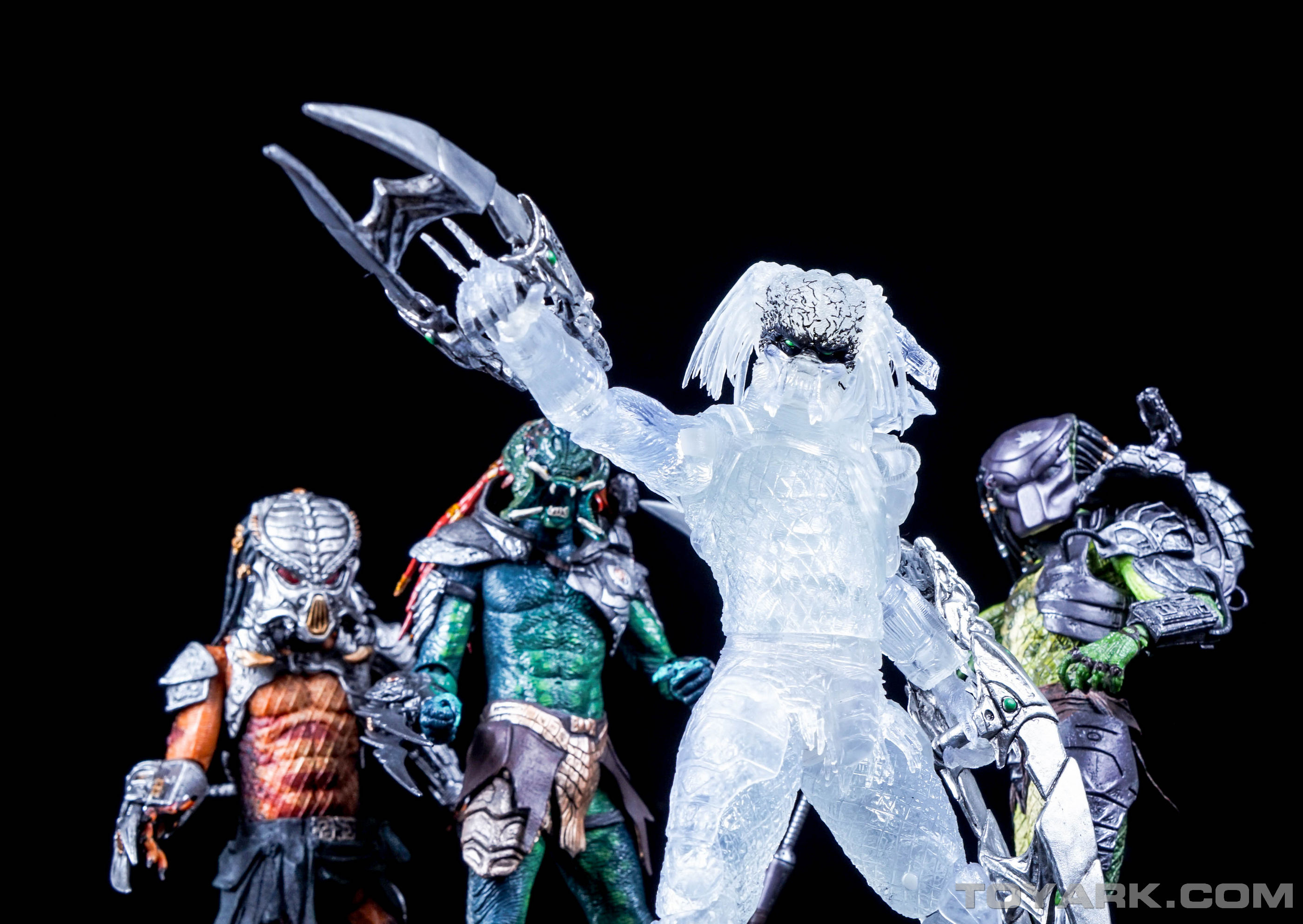 http://news.toyark.com/wp-content/uploads/sites/4/2015/08/NECA-Ambush-Predator-041.jpg