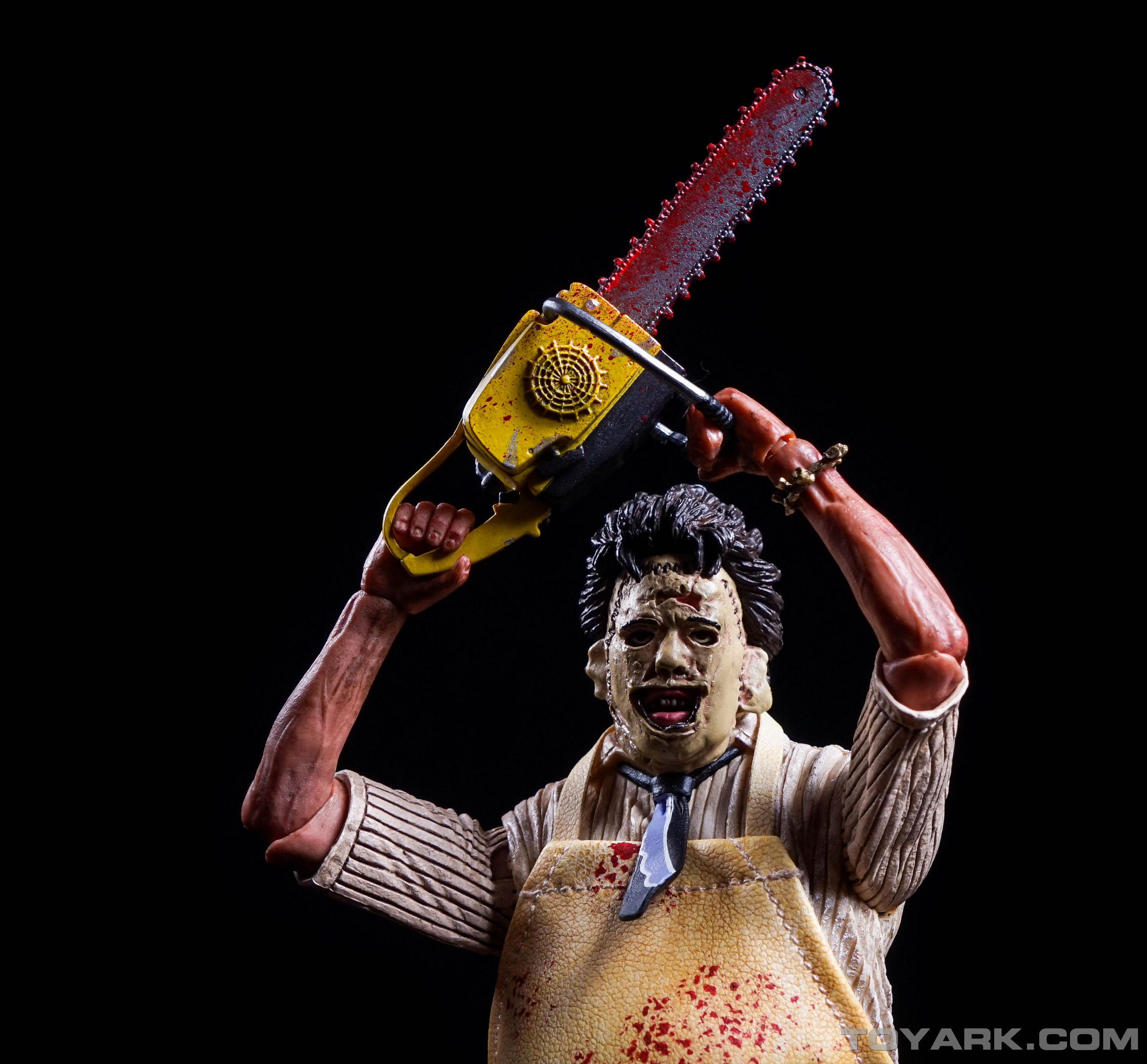 http://news.toyark.com/wp-content/uploads/sites/4/2015/08/NECA-TCM-Ultimate-Leatherface-057.jpg