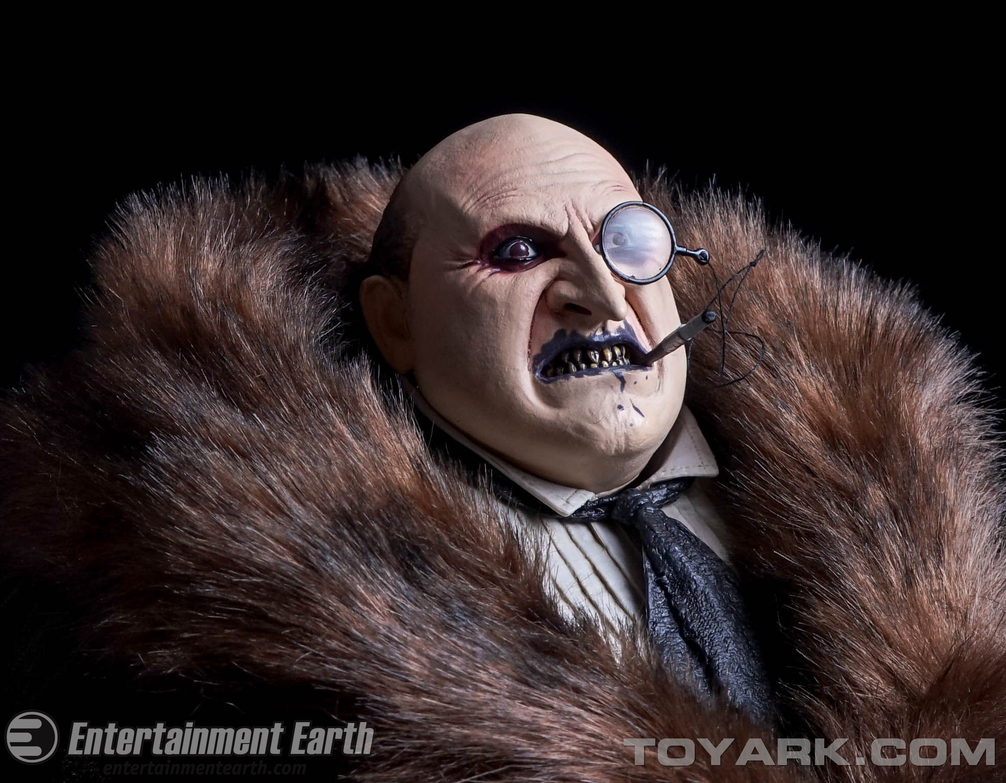 http://news.toyark.com/wp-content/uploads/sites/4/2015/09/NECA-Batman-Returns-Penguin-067.jpg