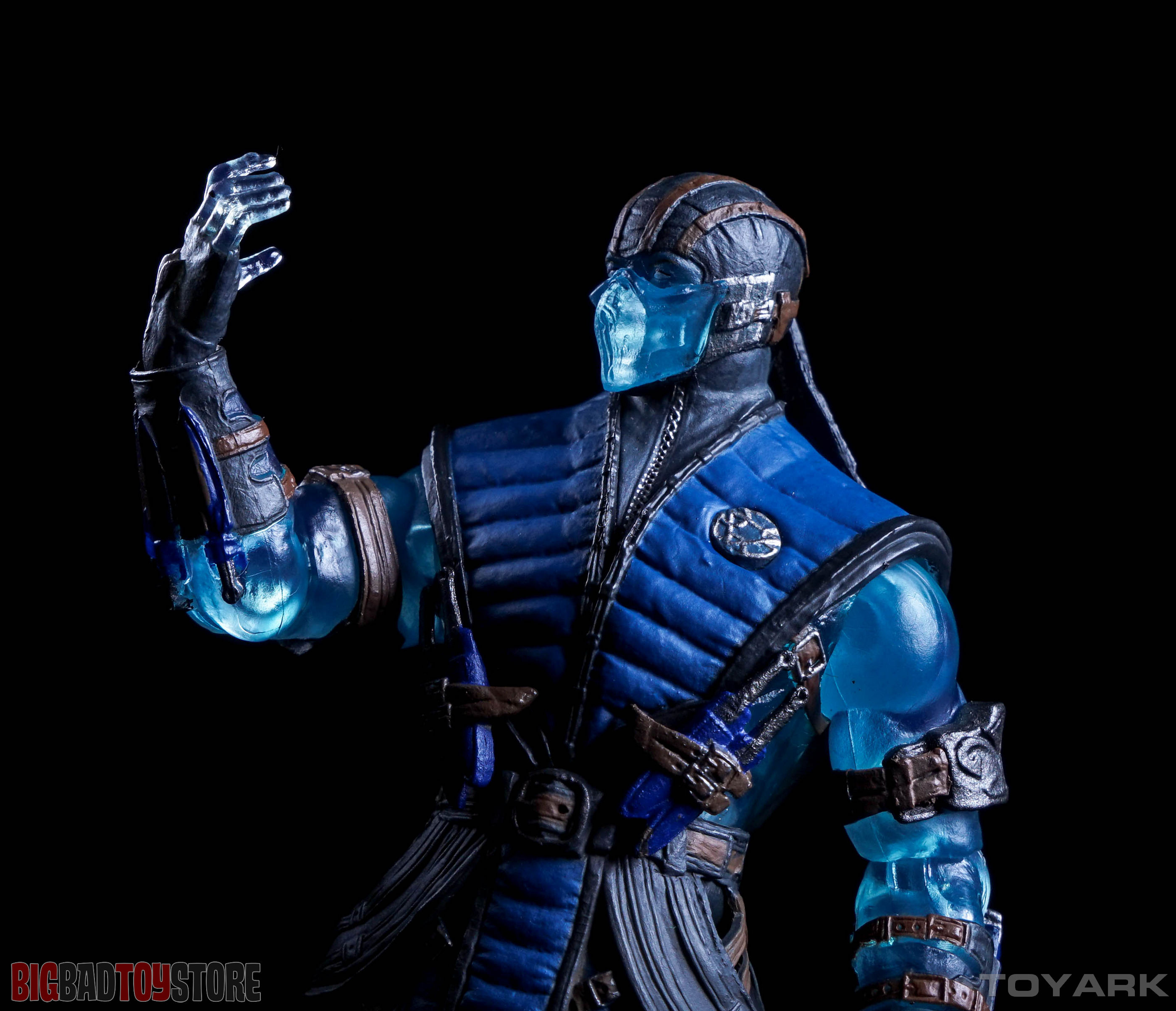 http://news.toyark.com/wp-content/uploads/sites/4/2015/10/Mezco-PX-Mortal-Kombat-X-076.jpg