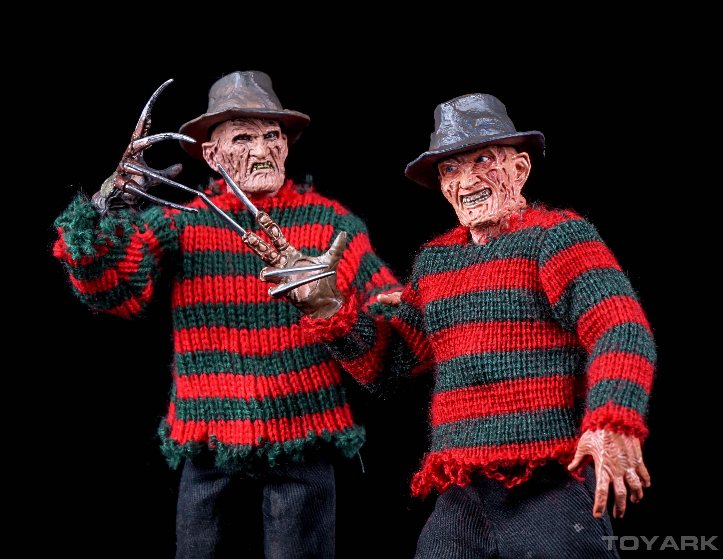 http://news.toyark.com/wp-content/uploads/sites/4/2015/10/NECA-Dream-Warriors-Retro-Freddy-043.jpg