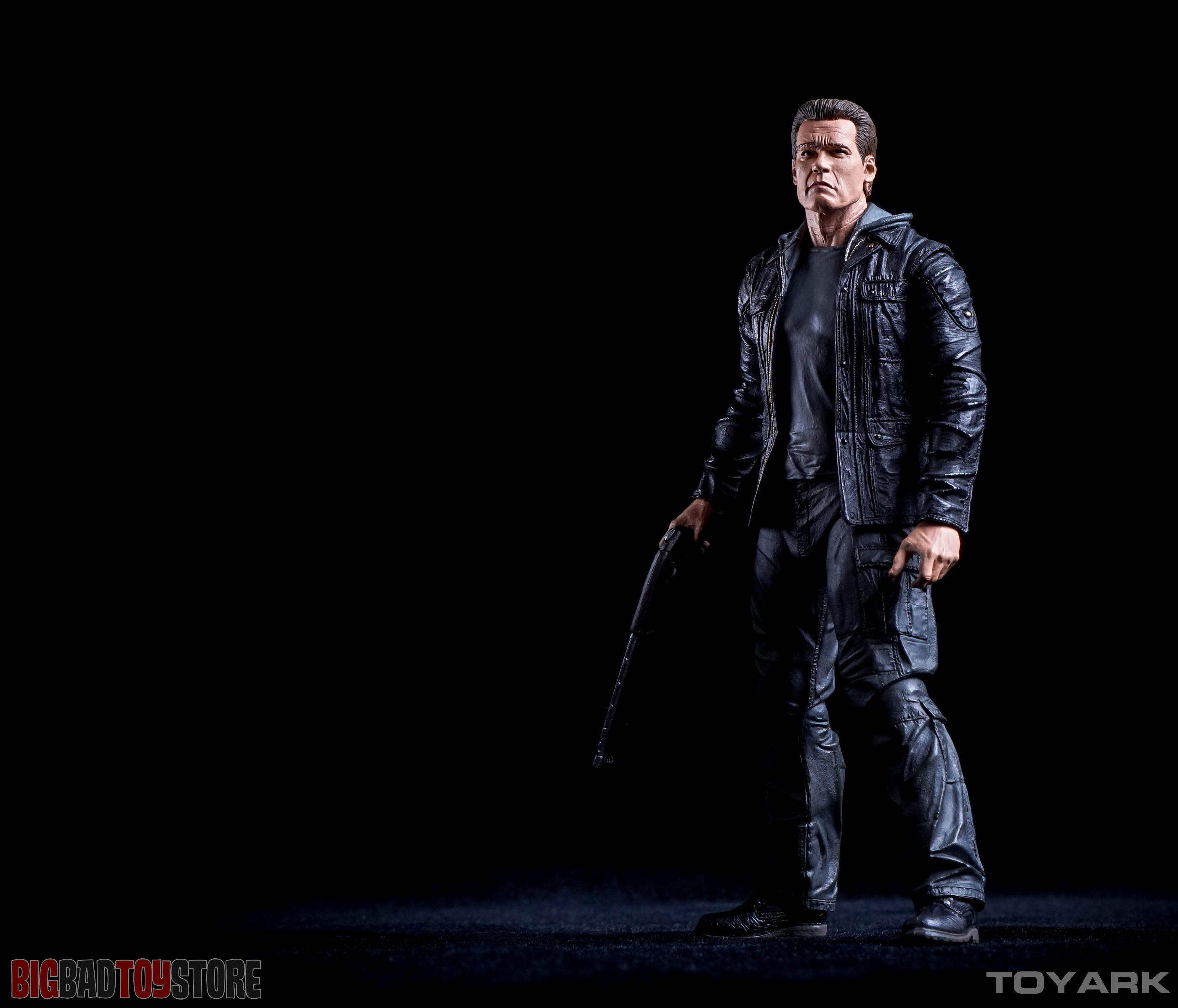 http://news.toyark.com/wp-content/uploads/sites/4/2015/10/NECA-Guardian-T800-Terminator-Genisys-030.jpg