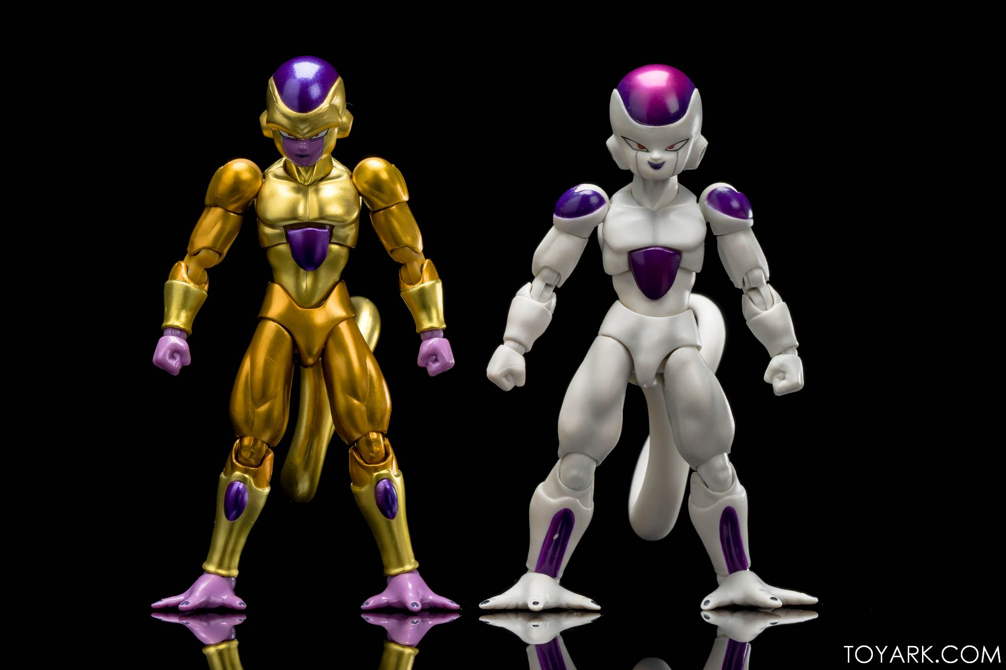 SHF Golden Frieza 30