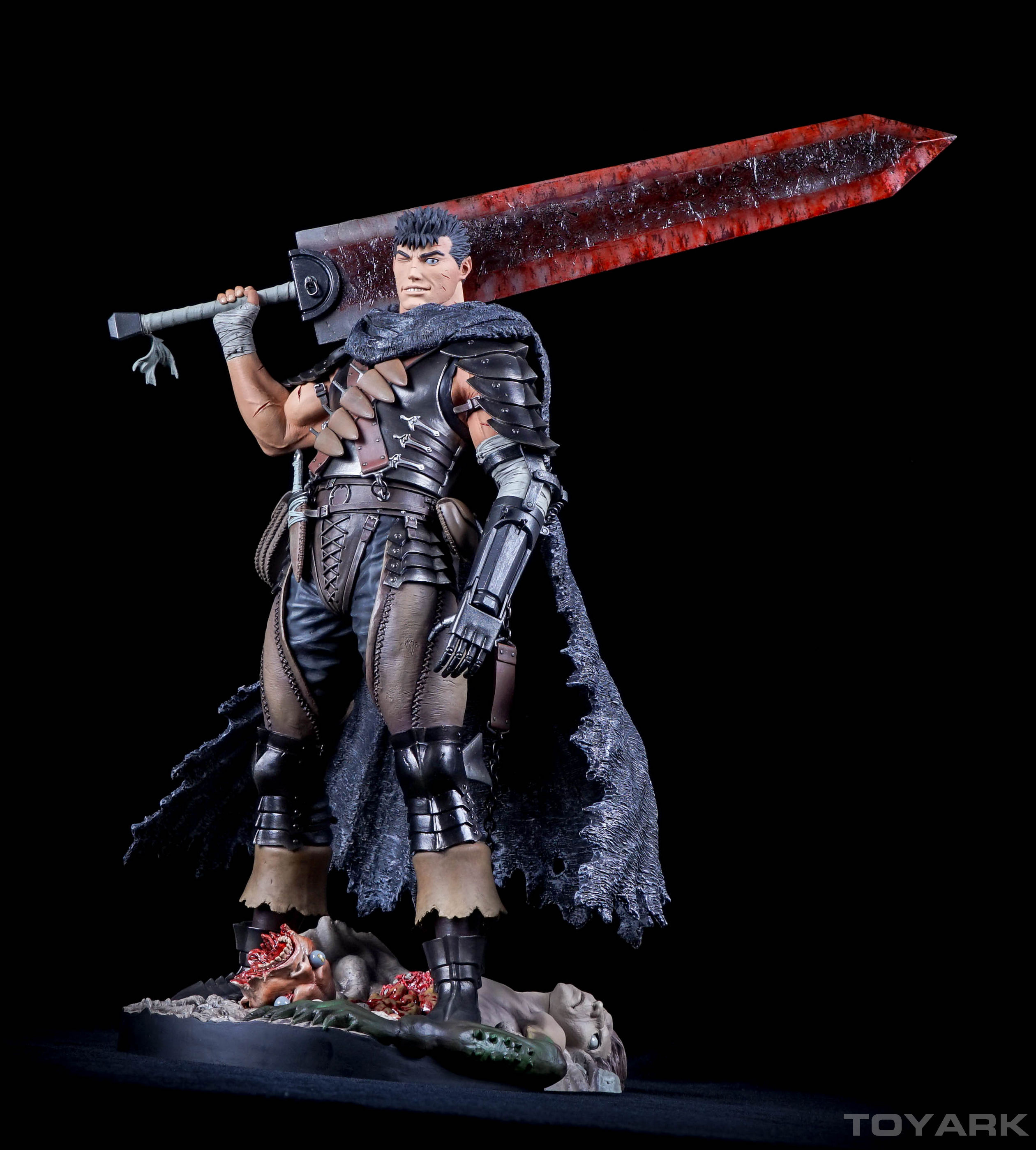 http://news.toyark.com/wp-content/uploads/sites/4/2015/11/Berserk-Guts-Statue-049.jpg