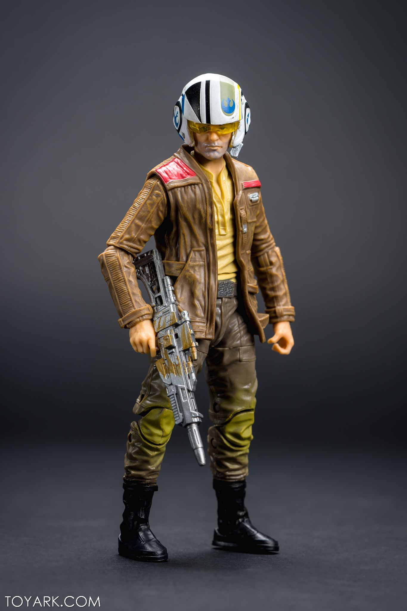 Black Series Poe Dameron 18