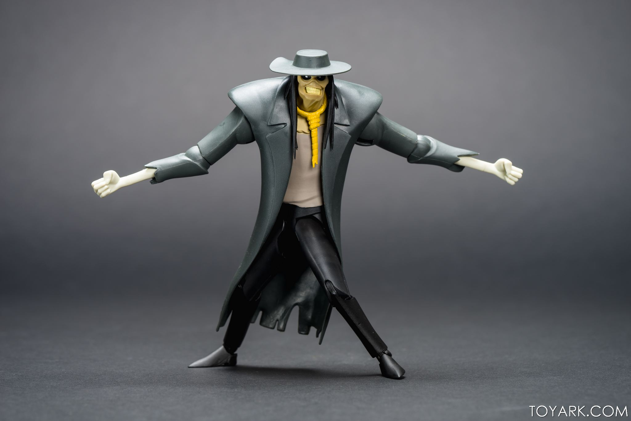 DCC Animated Scarecrow 06