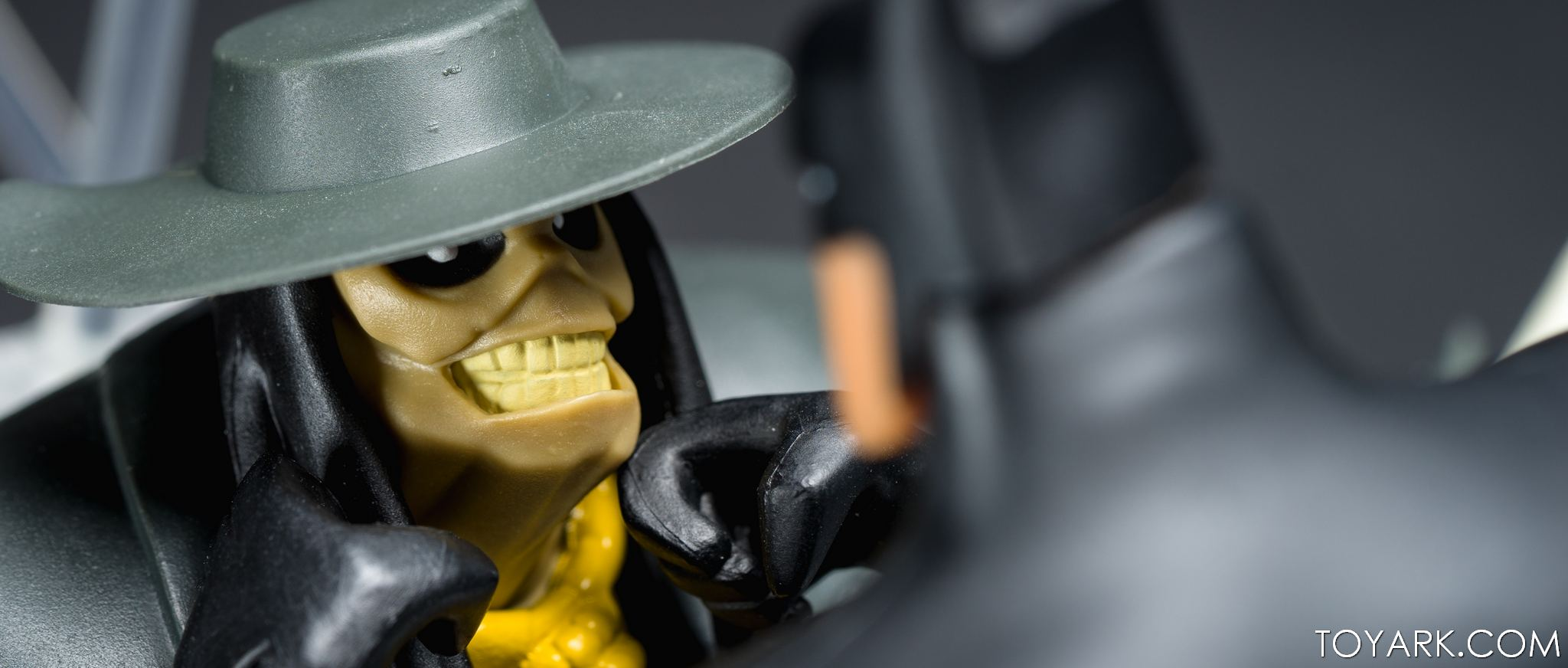 DCC Animated Scarecrow 15