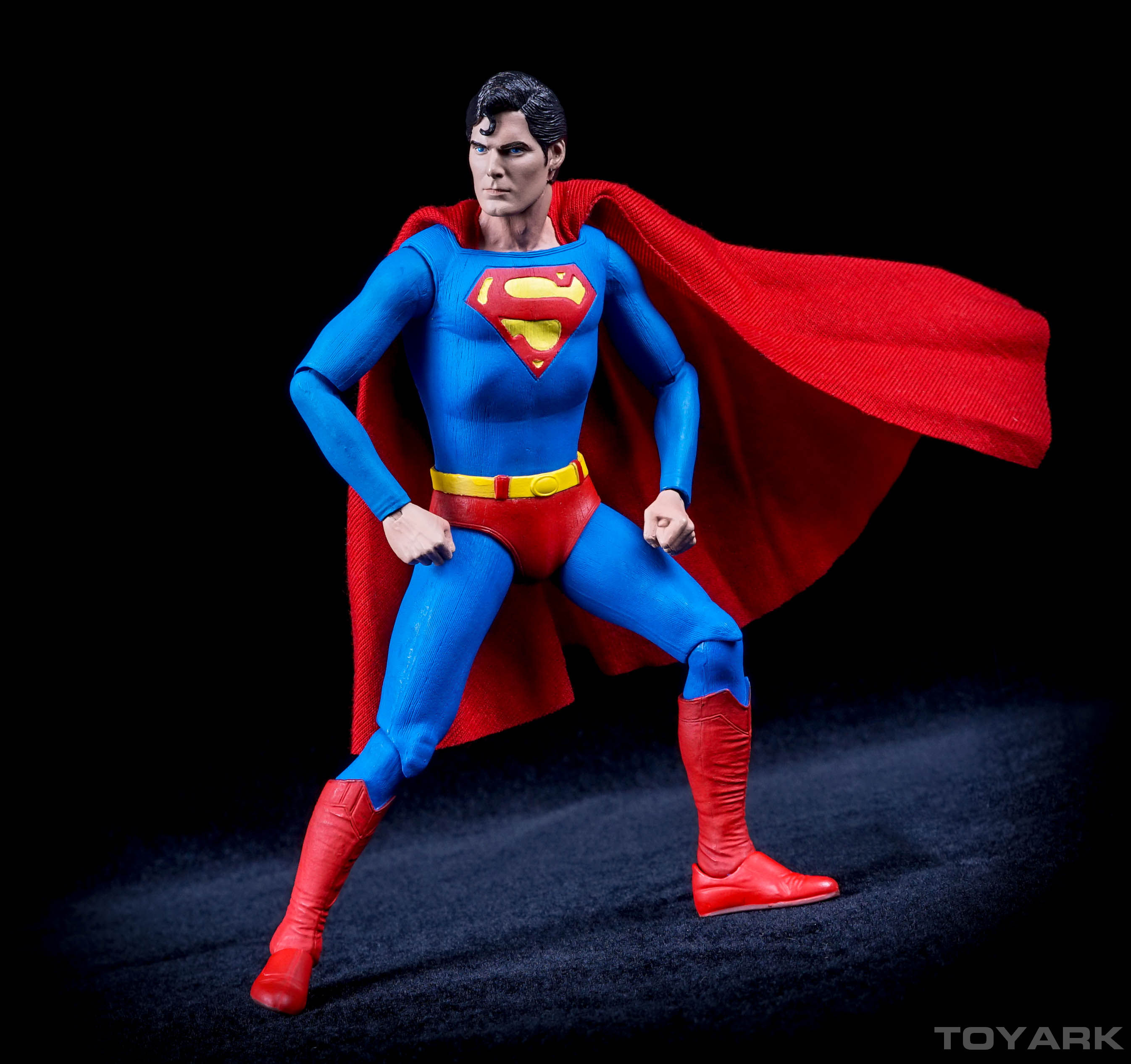 http://news.toyark.com/wp-content/uploads/sites/4/2015/11/NECA-7-Inch-Superman-041.jpg