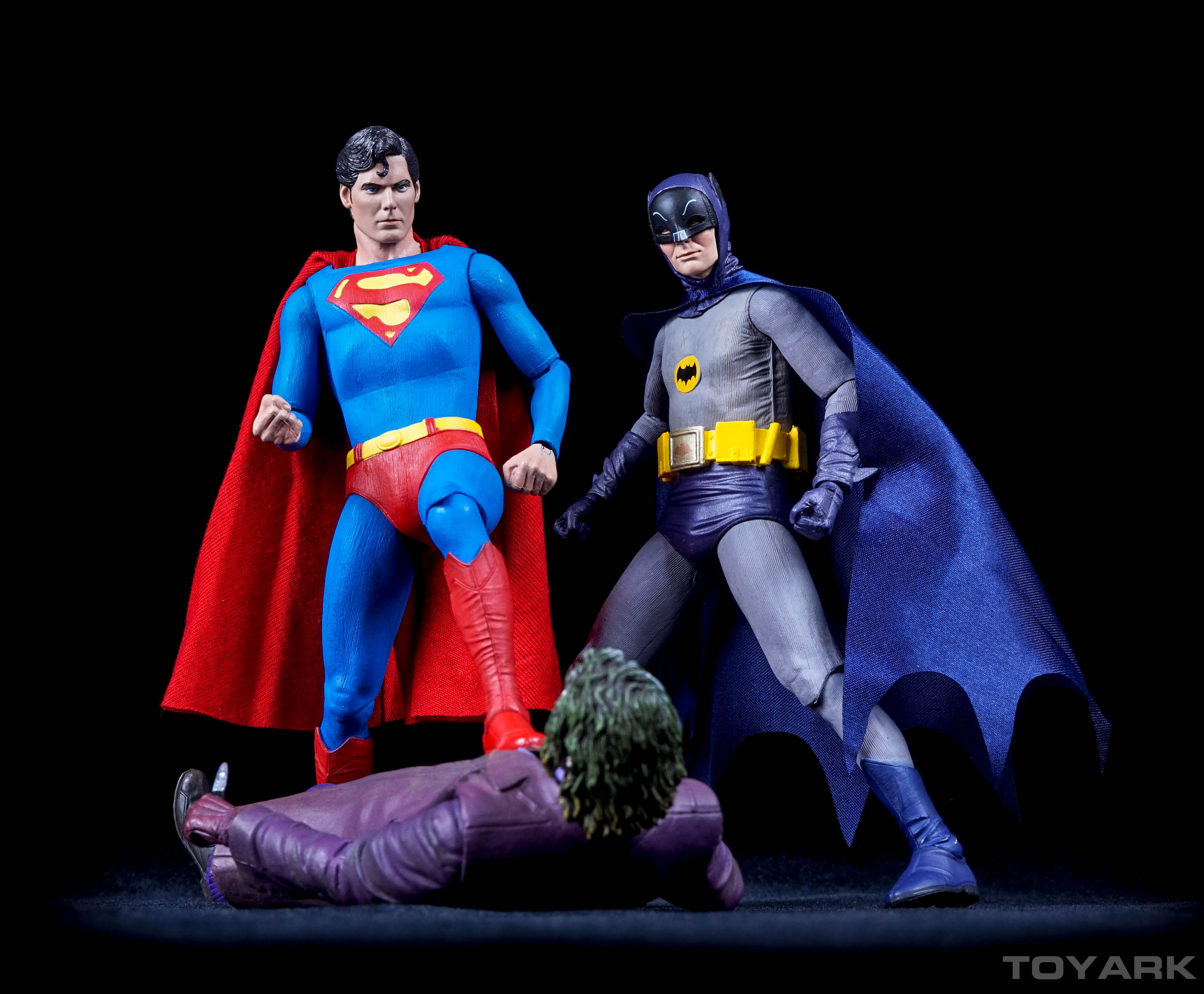http://news.toyark.com/wp-content/uploads/sites/4/2015/11/NECA-7-Inch-Superman-057.jpg