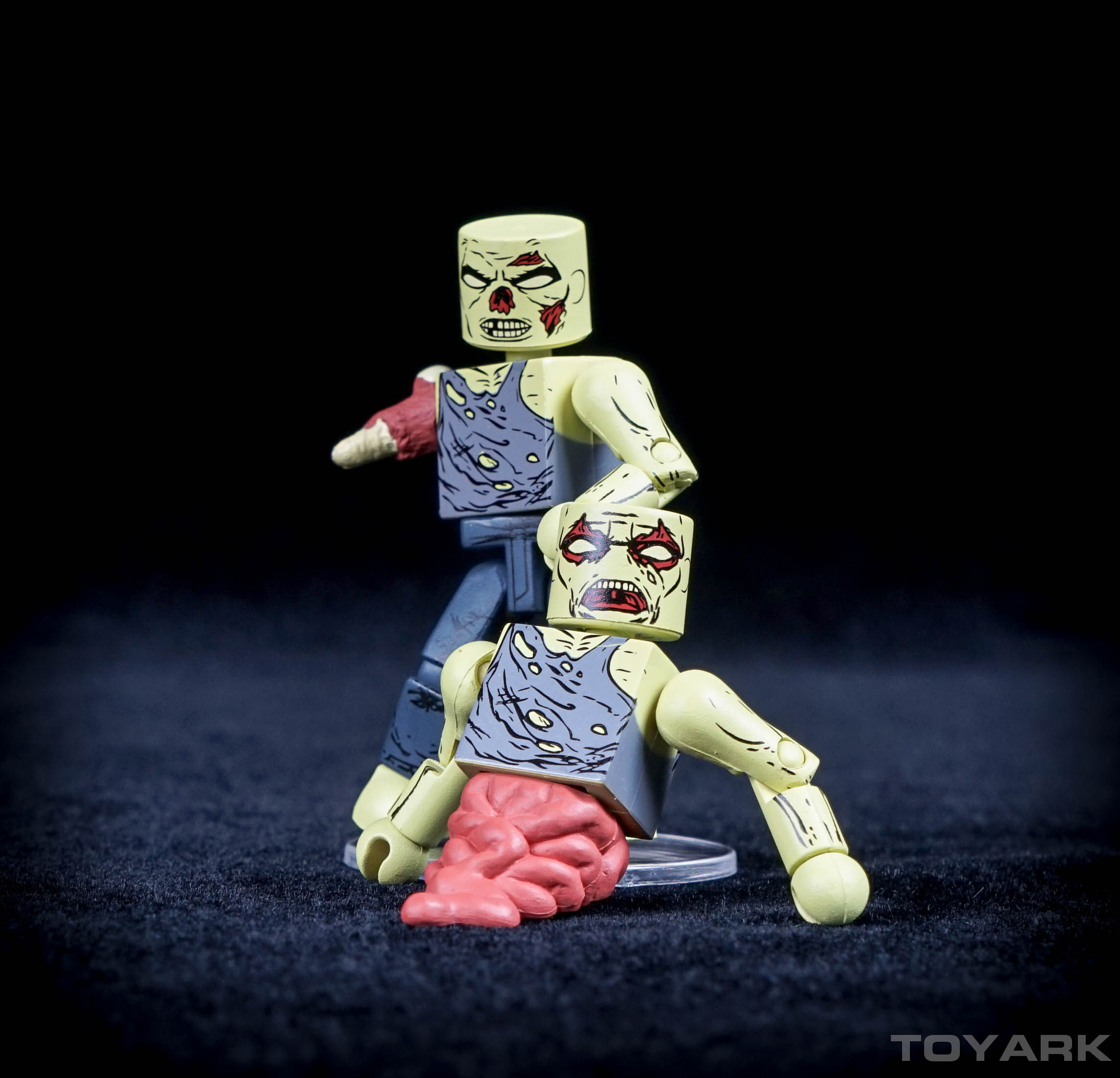 http://news.toyark.com/wp-content/uploads/sites/4/2015/11/Walking-Dead-S8-Minimates-096.jpg
