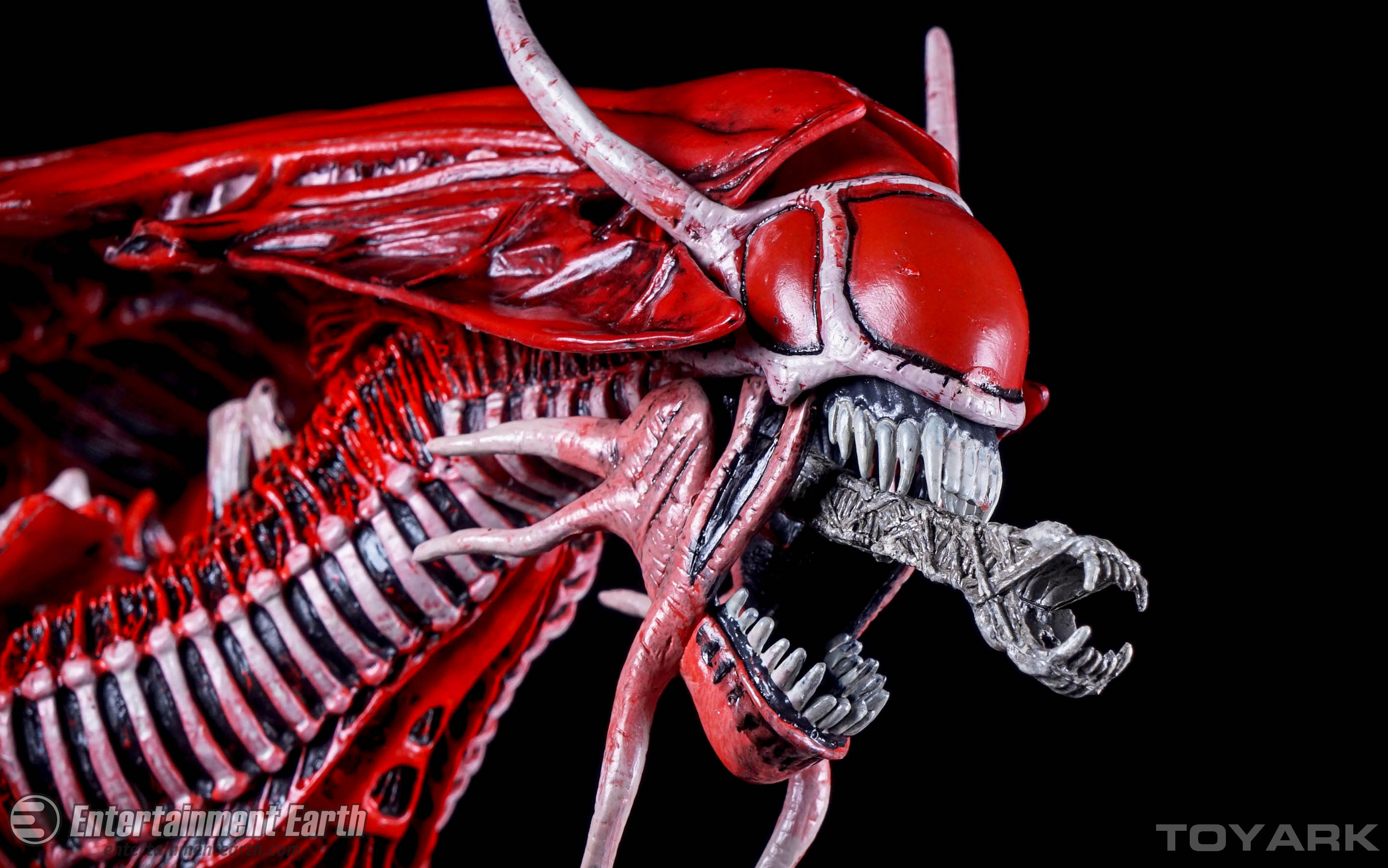 http://news.toyark.com/wp-content/uploads/sites/4/2015/12/NECA-Alien-Red-Queen-019.jpg