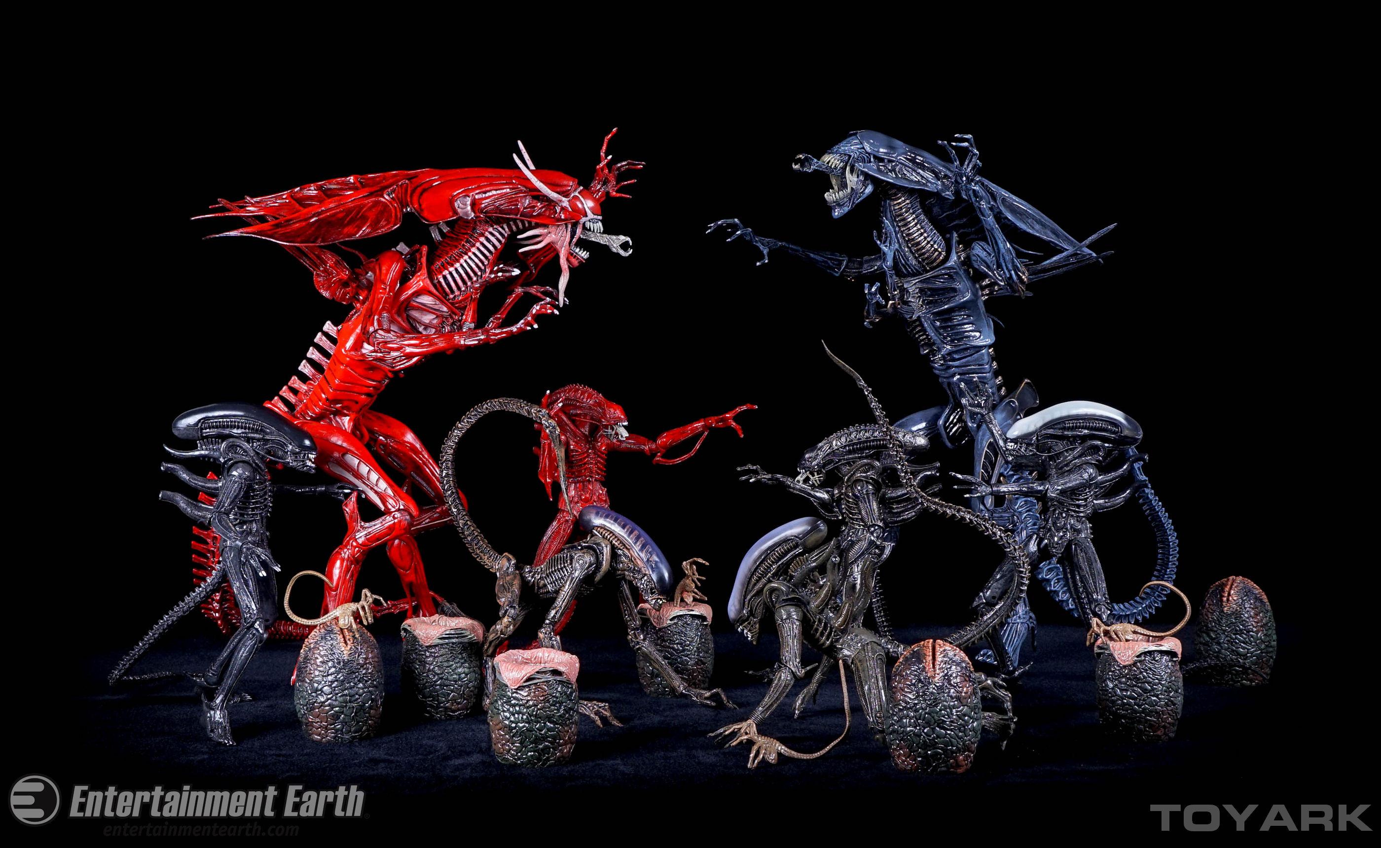 http://news.toyark.com/wp-content/uploads/sites/4/2015/12/NECA-Alien-Red-Queen-042.jpg