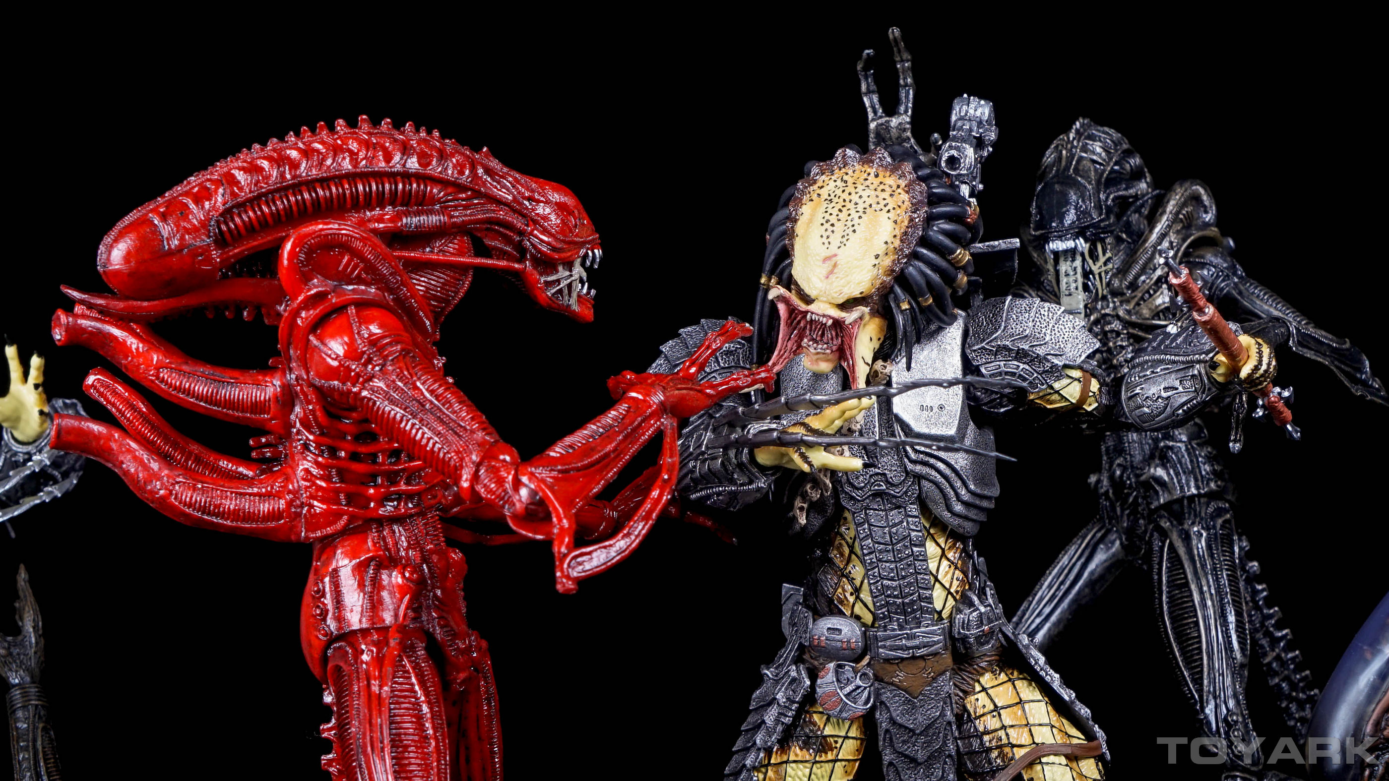 http://news.toyark.com/wp-content/uploads/sites/4/2015/12/NECA-AvP-Series-14-Predators-004.jpg
