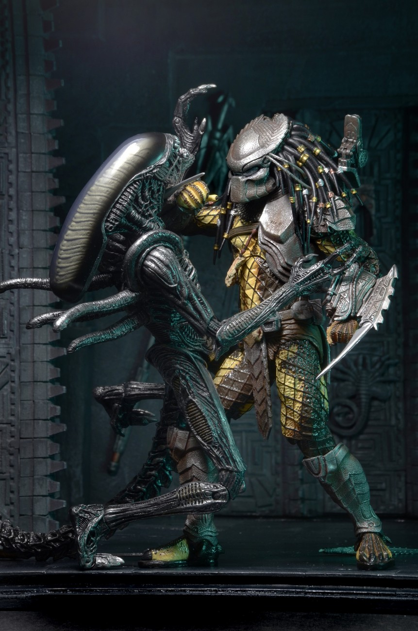 Updated Neca Reveal New Alien Vs Predator Predators From Their