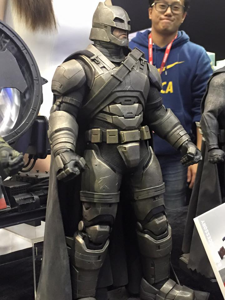 TS15-Hot-Toys-Batman-v-Superman-007.jpg