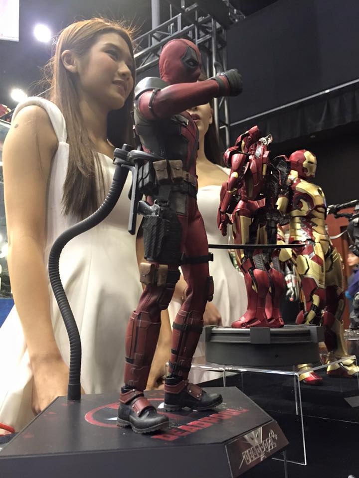 TS15-Hot-Toys-Deadpool-002.jpg