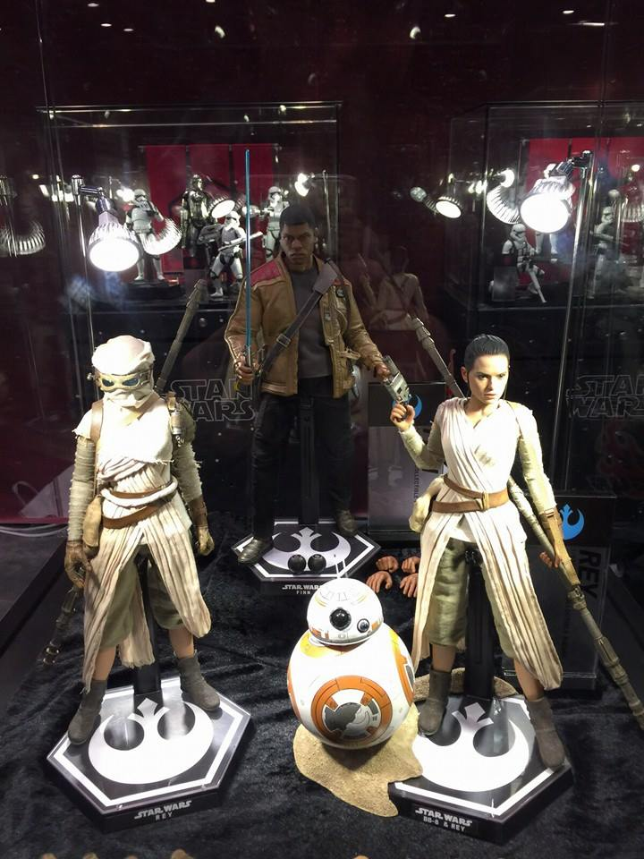 TS15-Hot-Toys-Star-Wars-004.jpg