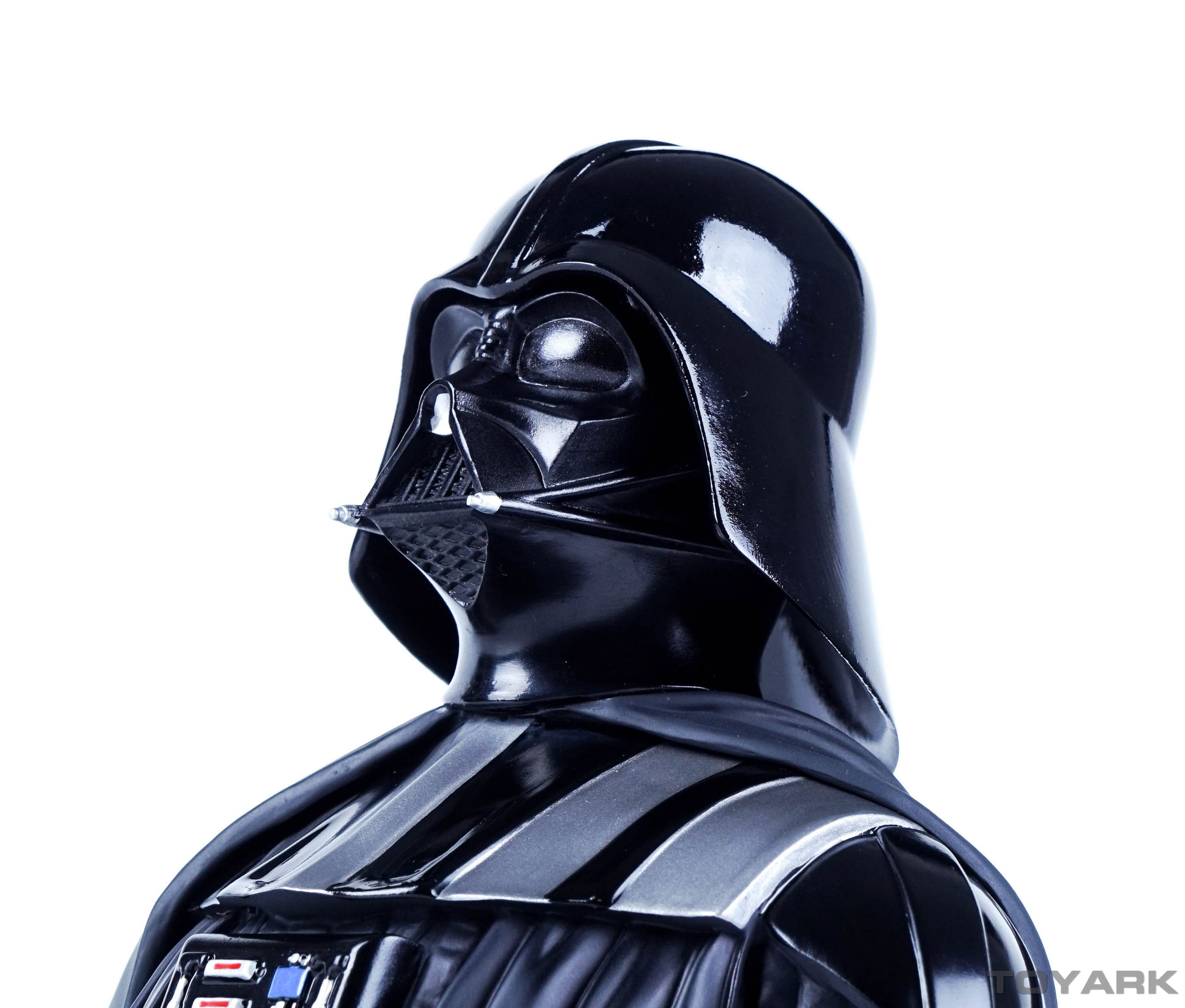 http://news.toyark.com/wp-content/uploads/sites/4/2015/12/Vader-Bust-022.jpg