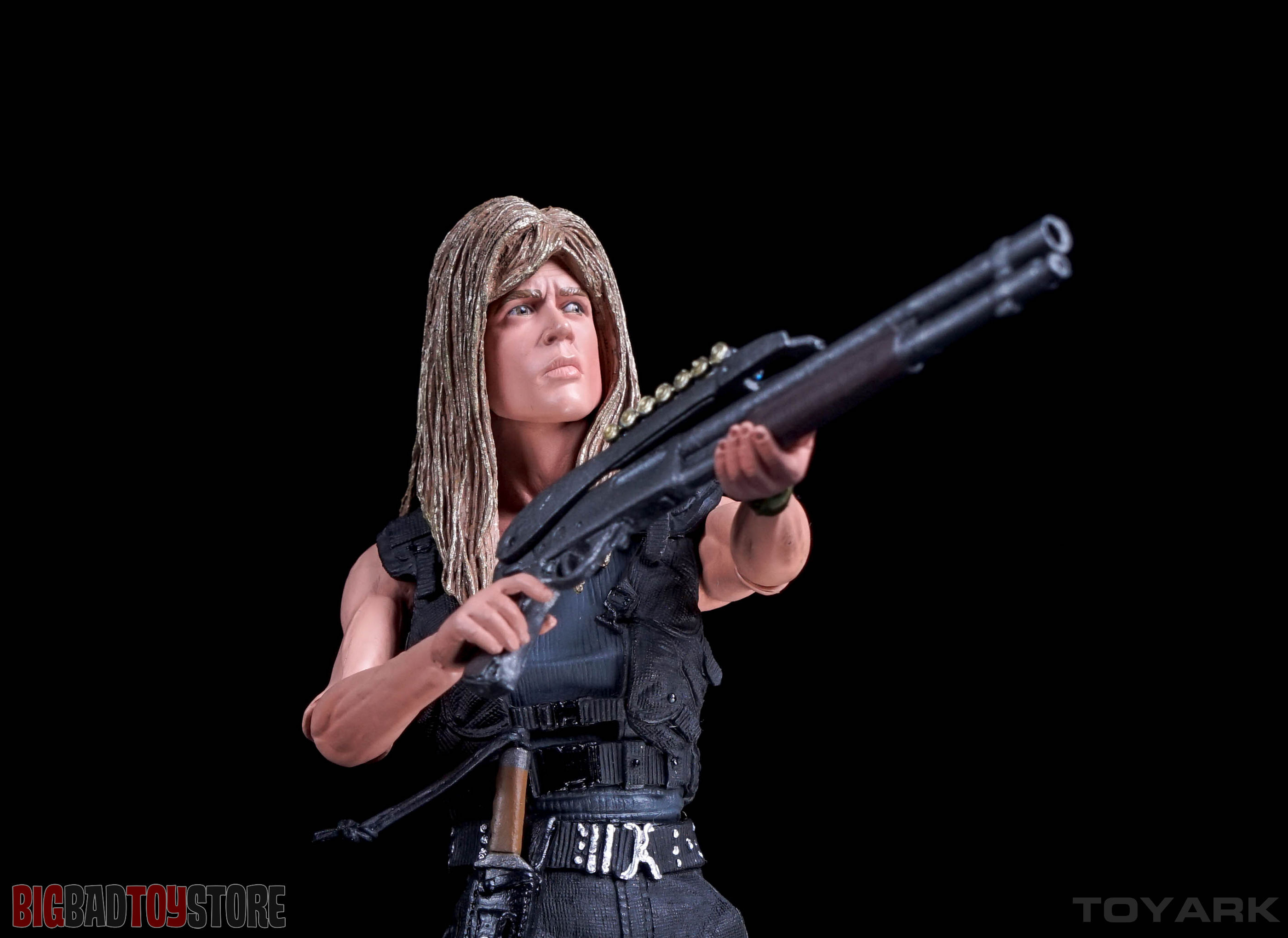 http://news.toyark.com/wp-content/uploads/sites/4/2016/01/NECA-Terminator-2-Sarah-Connor-040.jpg