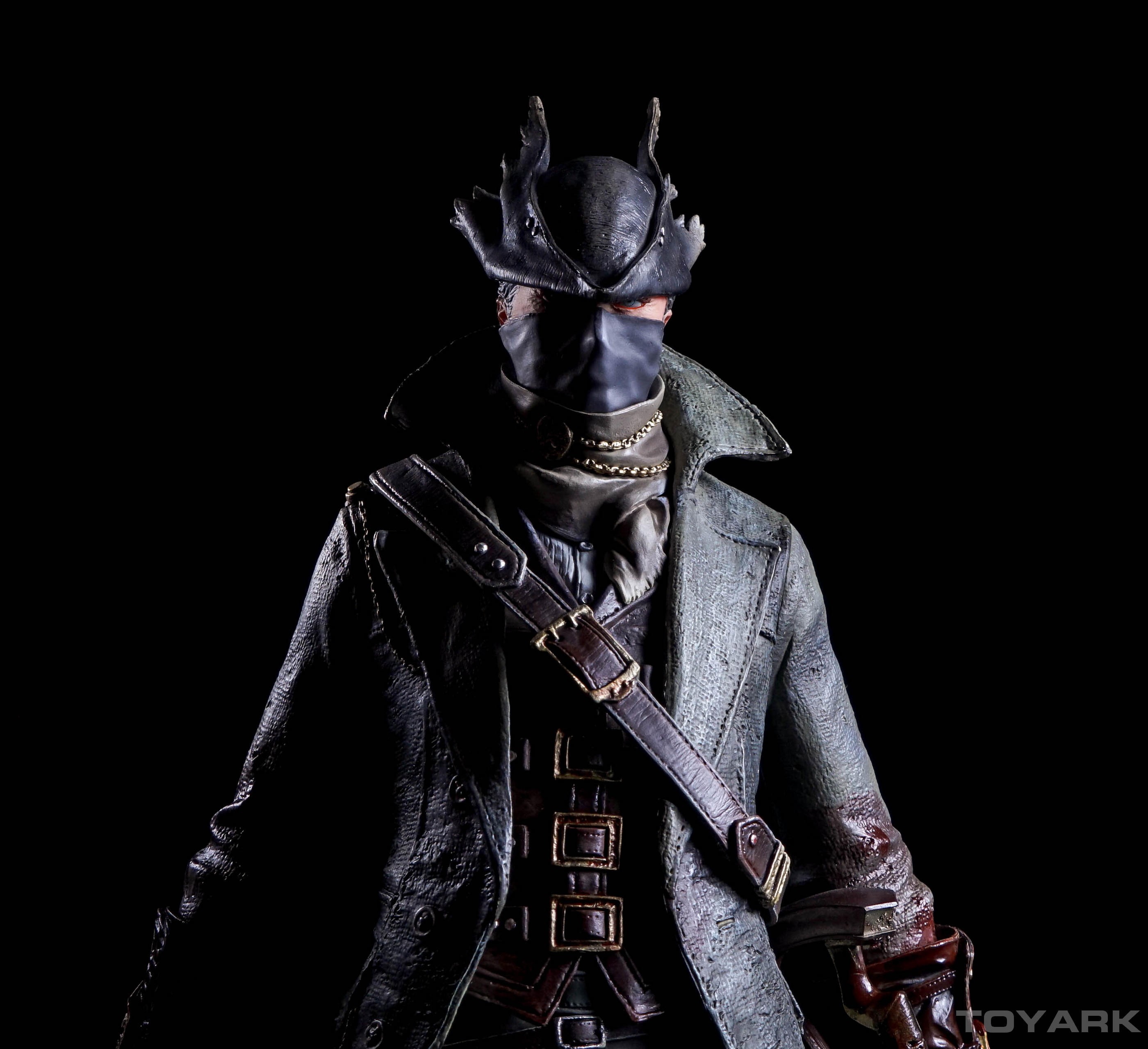 http://news.toyark.com/wp-content/uploads/sites/4/2016/02/Bloodborne-Hunter-PoB-Statue-041.jpg