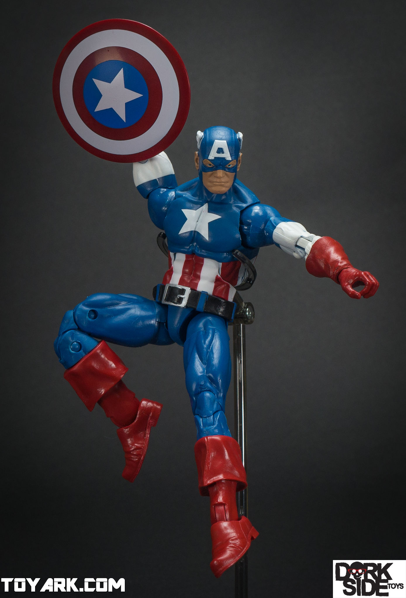 marvel legends civil war captain america photo shoot the toyark news. Black Bedroom Furniture Sets. Home Design Ideas