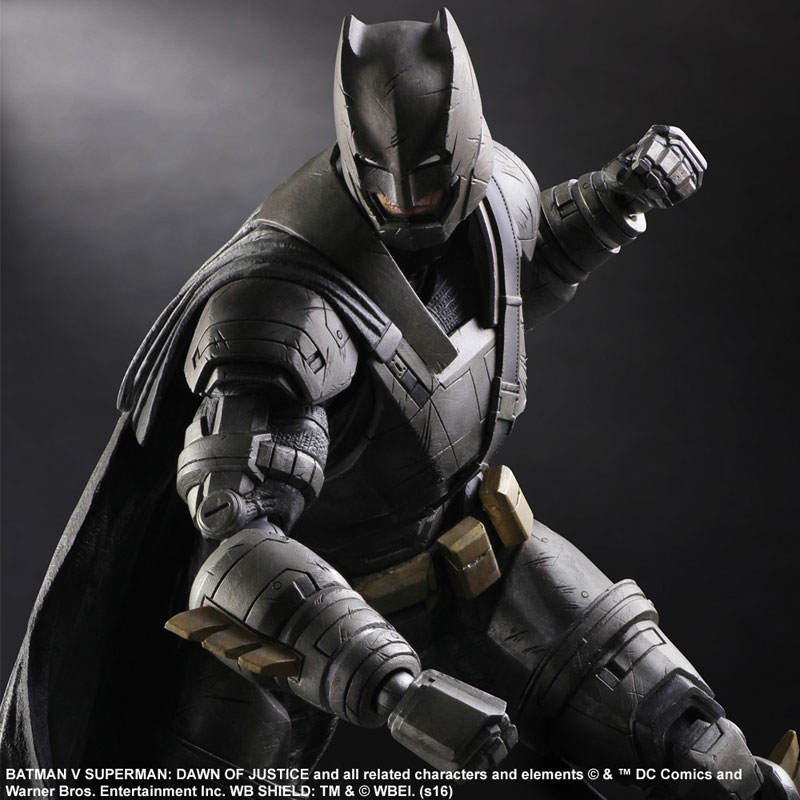 PAK Batman v Superman Armored Batman 002