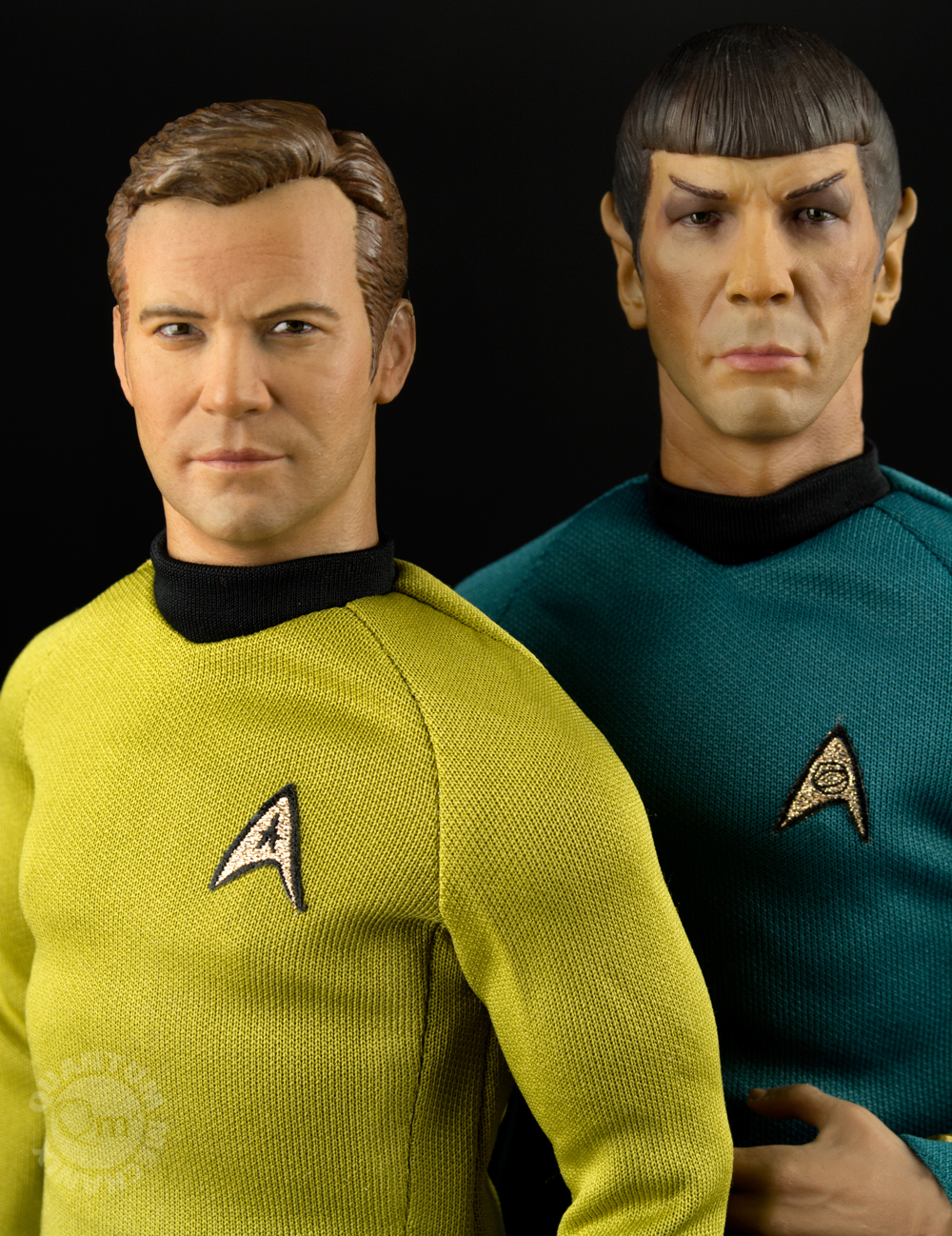 QMX Star Trek Captain Kirk and Spock 2