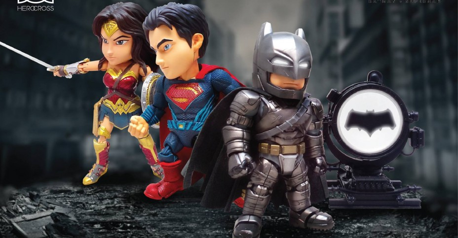 HMF Batman v Superman Figures