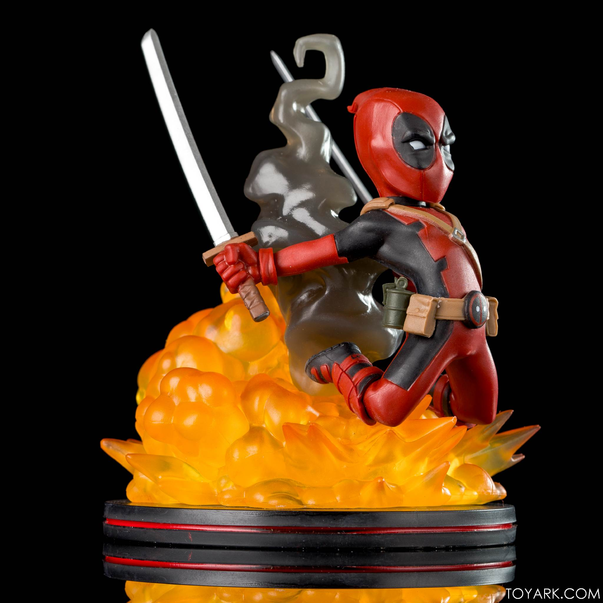 Q Fig Wonder Deadpool 05