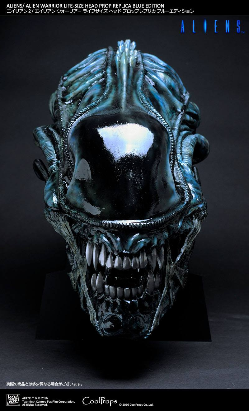 life size alien sculptures created for alien day 4 26 scified com
