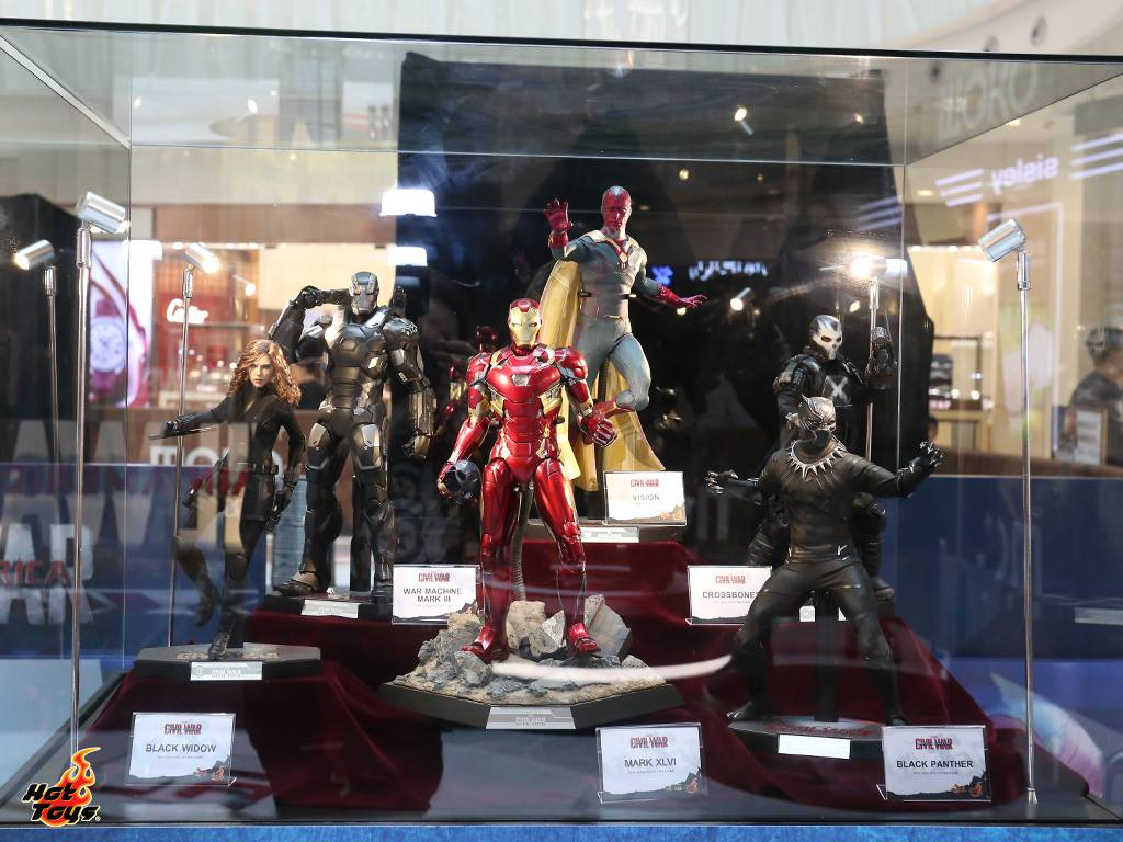 Hot Toys Civil War Pop Up Store Toy Discussion At Toyark Com