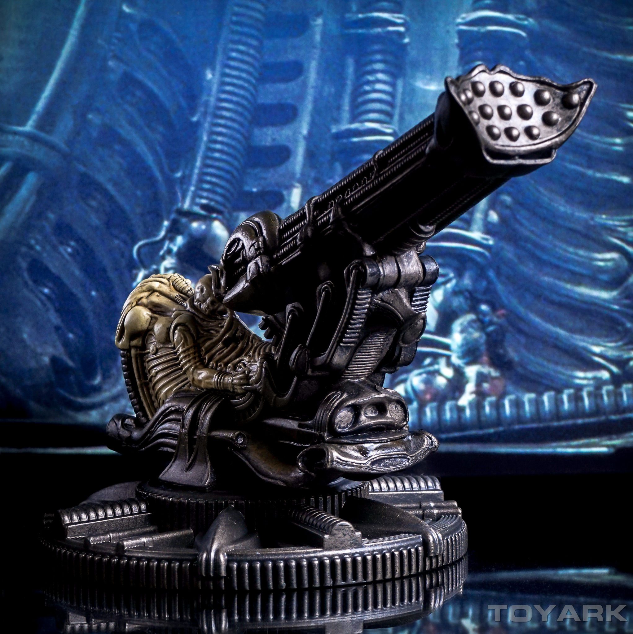 http://news.toyark.com/wp-content/uploads/sites/4/2016/04/NECA-Cinemachines-Aliens-Series-044.jpg