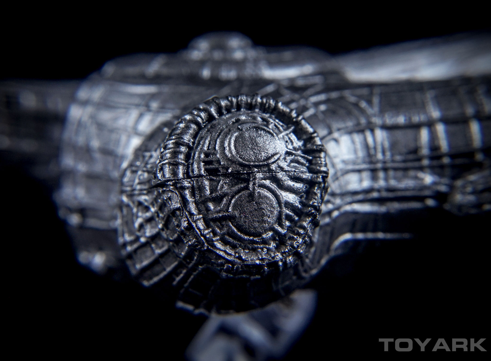 http://news.toyark.com/wp-content/uploads/sites/4/2016/04/NECA-Cinemachines-Aliens-Series-099.jpg