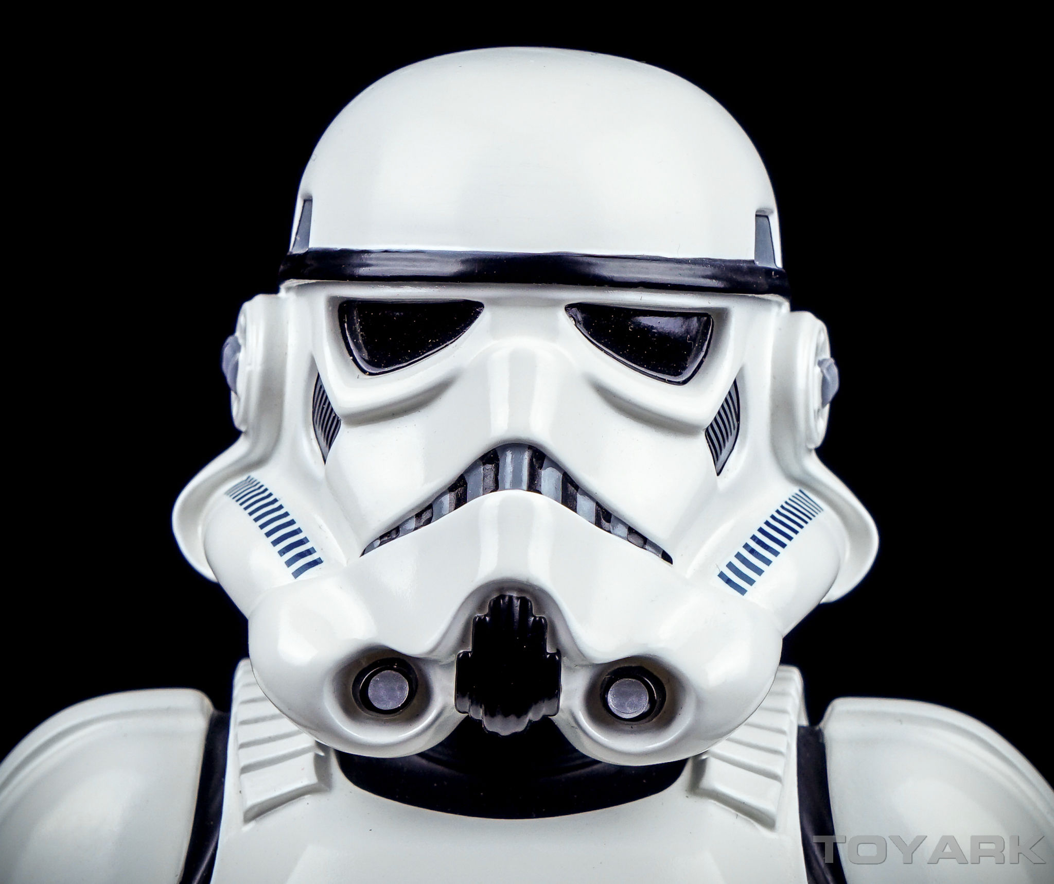 http://news.toyark.com/wp-content/uploads/sites/4/2016/04/Star-Wars-Stormtrooper-GS-Bust-018.jpg