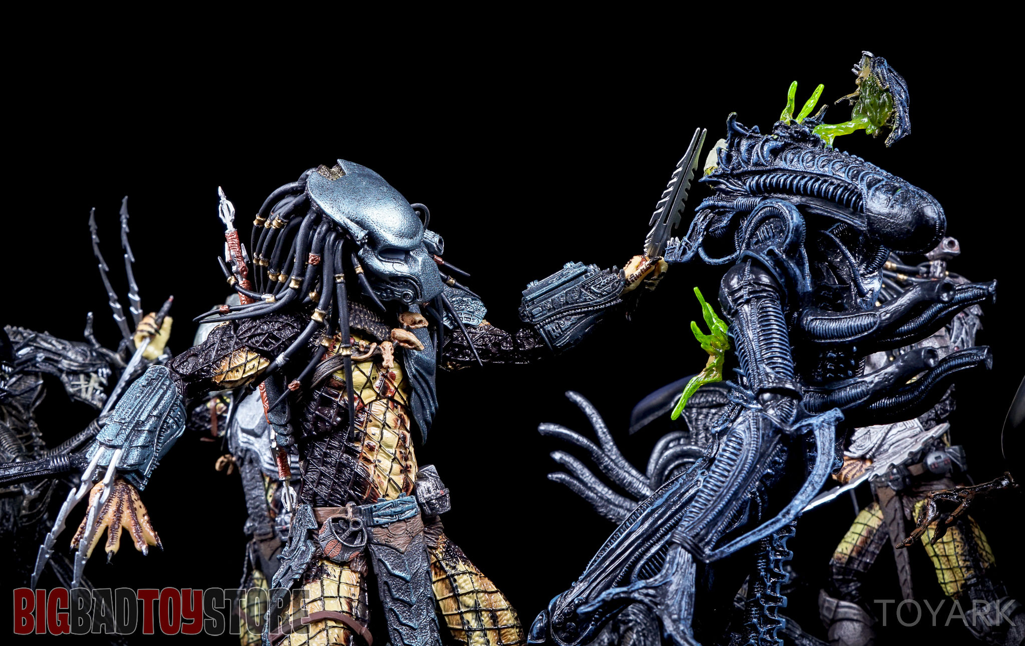 http://news.toyark.com/wp-content/uploads/sites/4/2016/05/NECA-Predator-Series-15-AvP-077.jpg