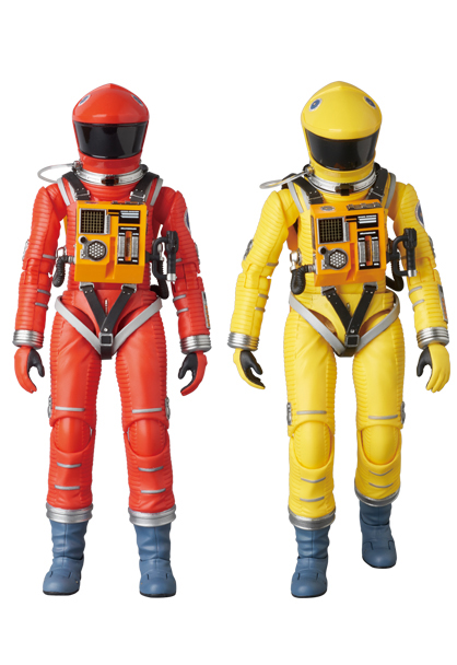 MAFEX-2001-Space-Suits.jpg