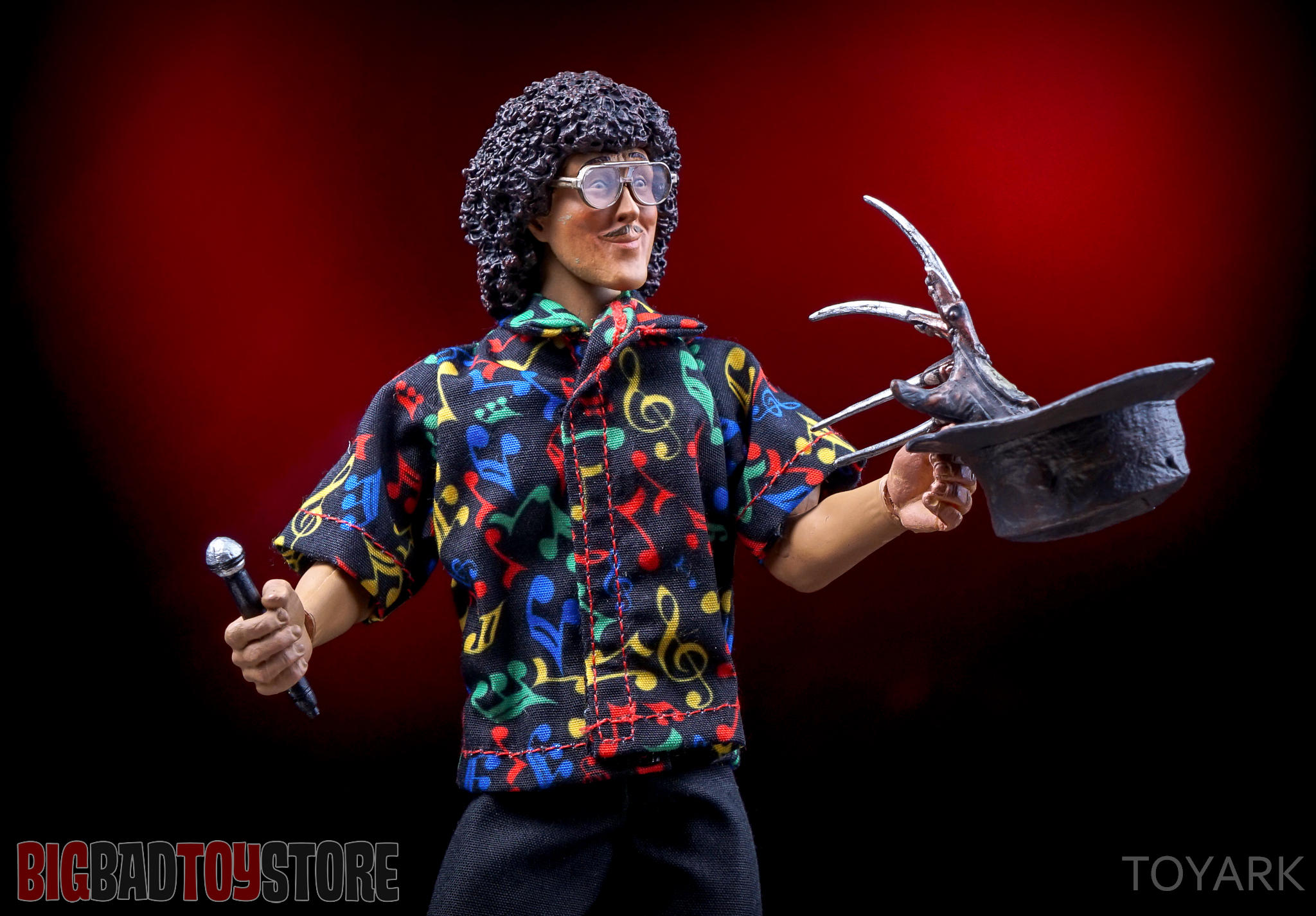 http://news.toyark.com/wp-content/uploads/sites/4/2016/06/NECA-Retro-Weird-Al-054.jpg
