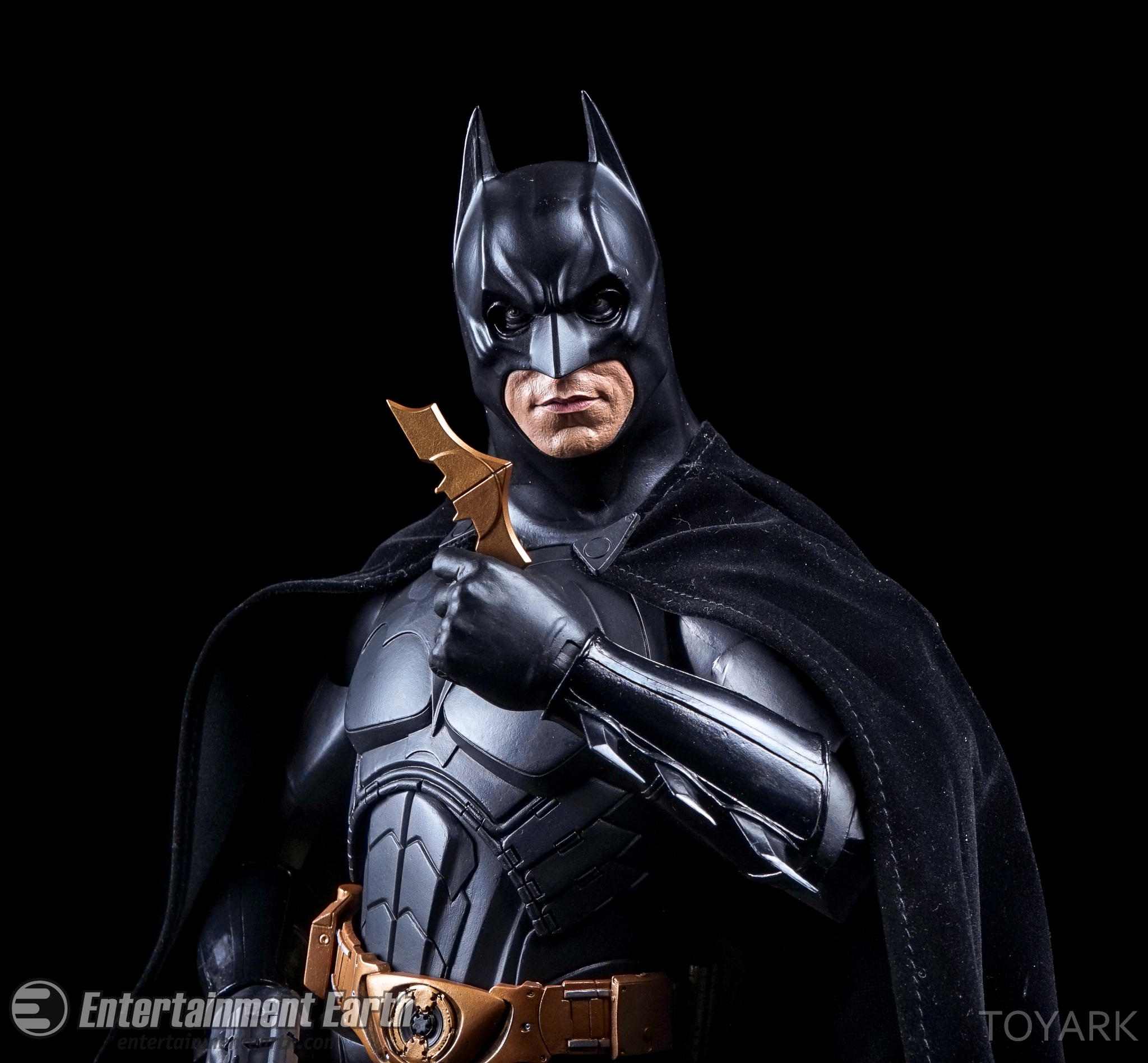 http://news.toyark.com/wp-content/uploads/sites/4/2016/07/NECA-Batman-Begins-035.jpg