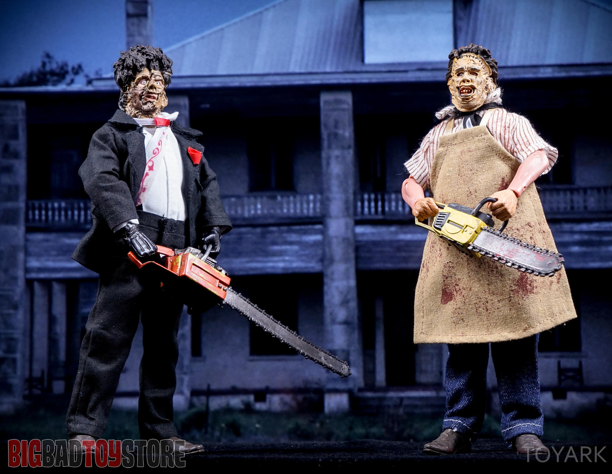 http://news.toyark.com/wp-content/uploads/sites/4/2016/07/NECA-TCM2-Leatherface-043.jpg