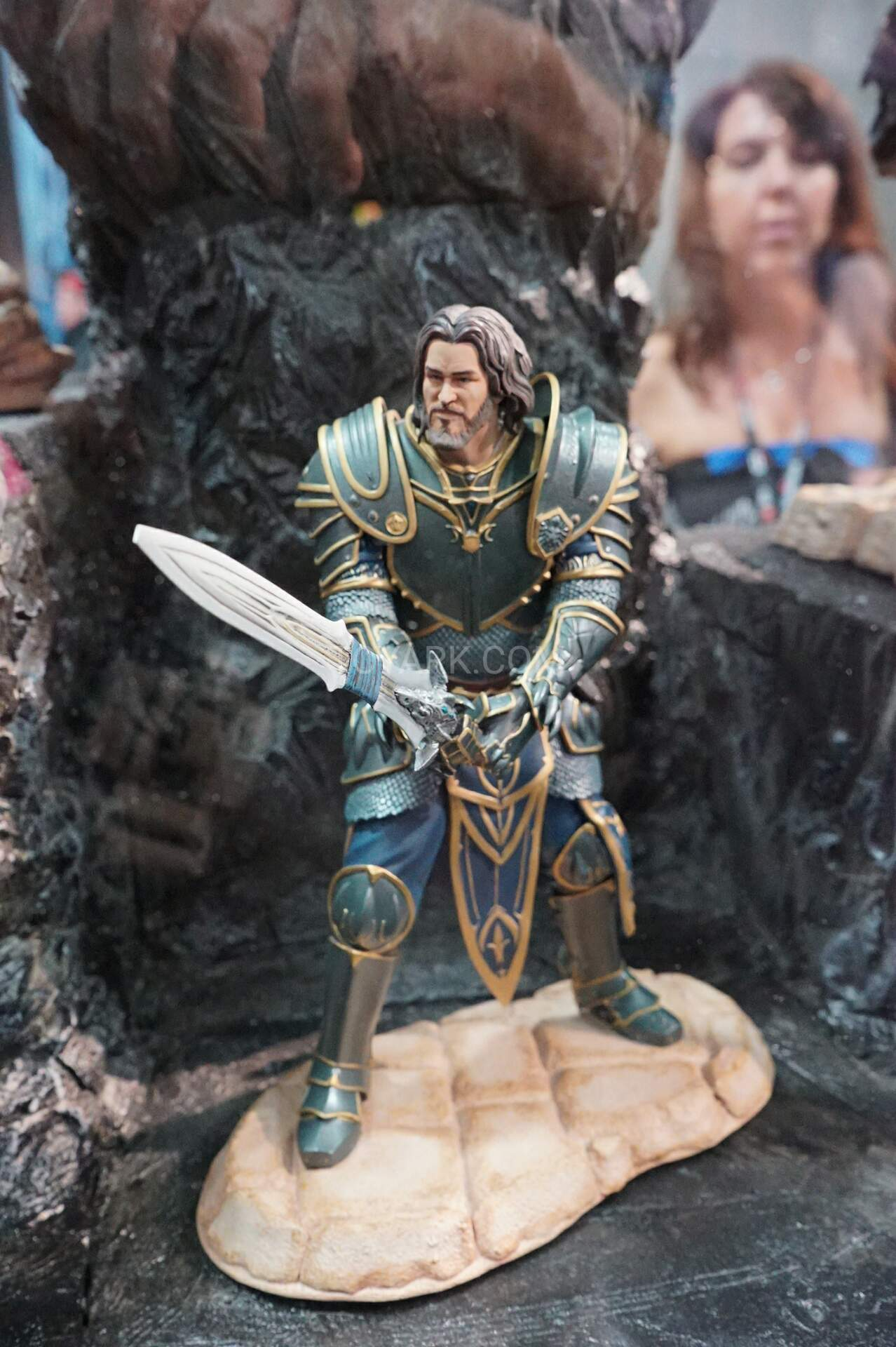 SDCC 2016 - Gentle Giant Warcraft, The Walking Dead and ...