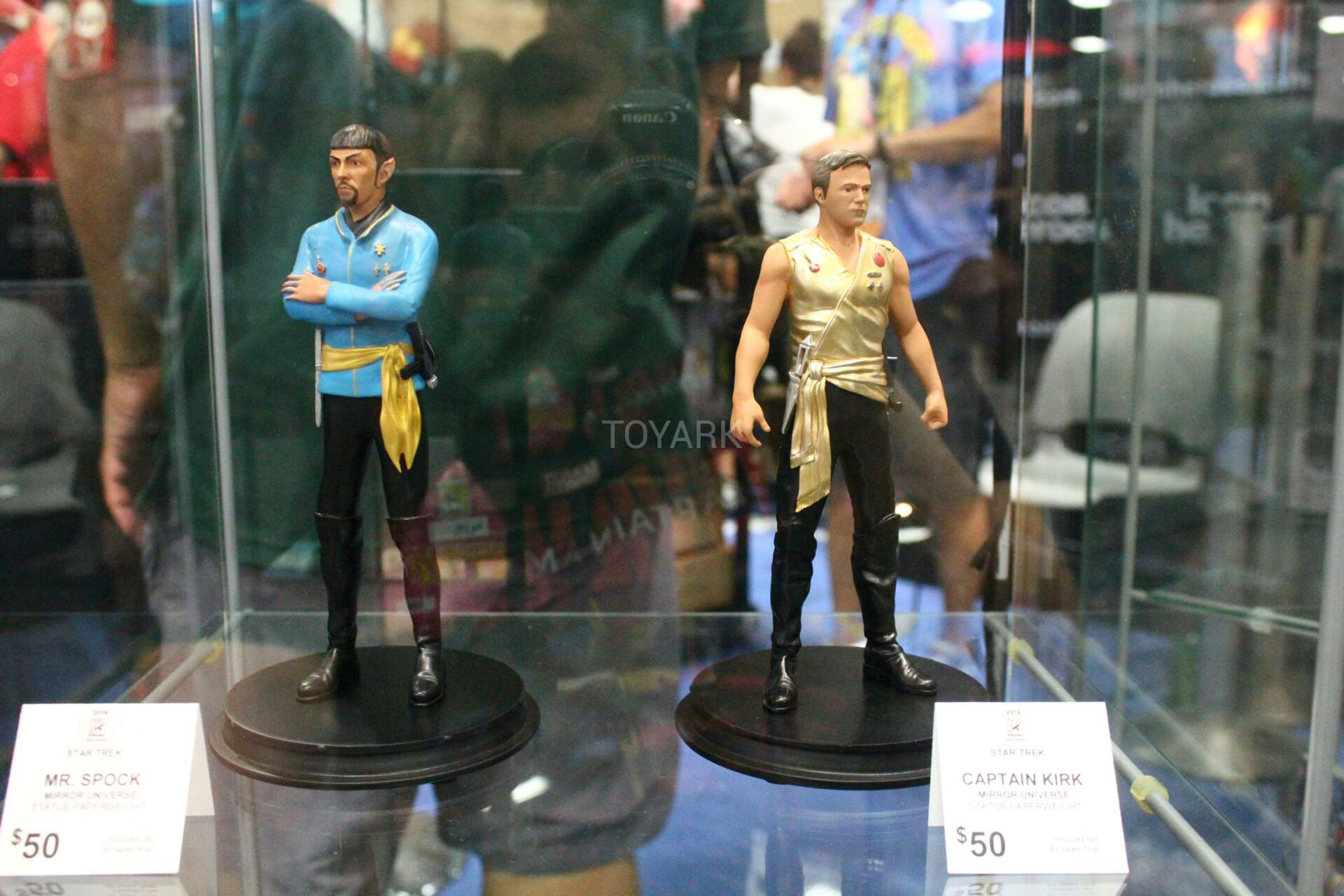 Sdcc 2016 icon heroes star trek once upon a time dc tv and more